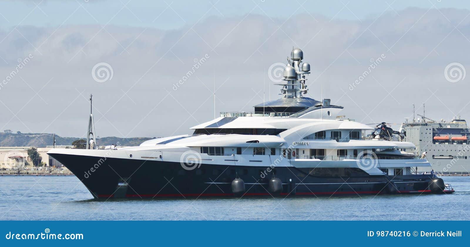 Billionaire Dennis Washington Motor Super Yacht Attessa Iv Editorial