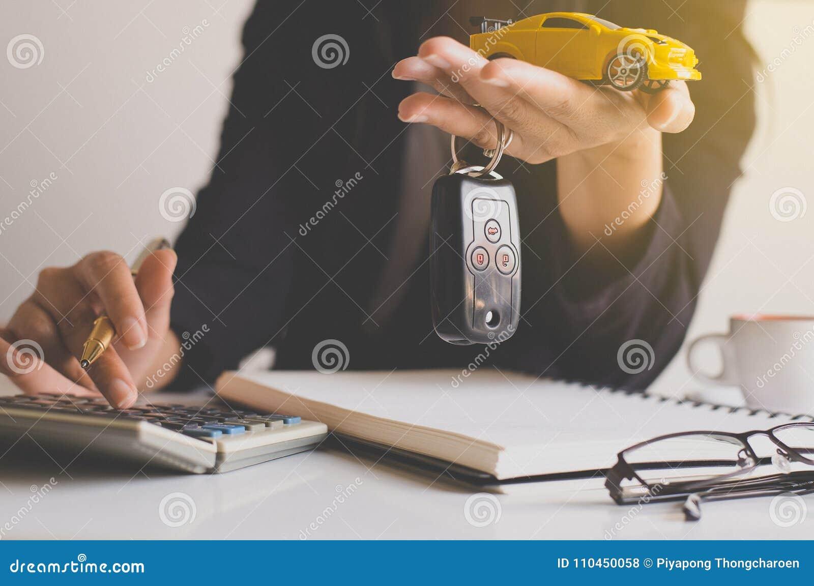 Biltangent förestående för medelförsäljningsöverenskommelse, bilfinans och lån