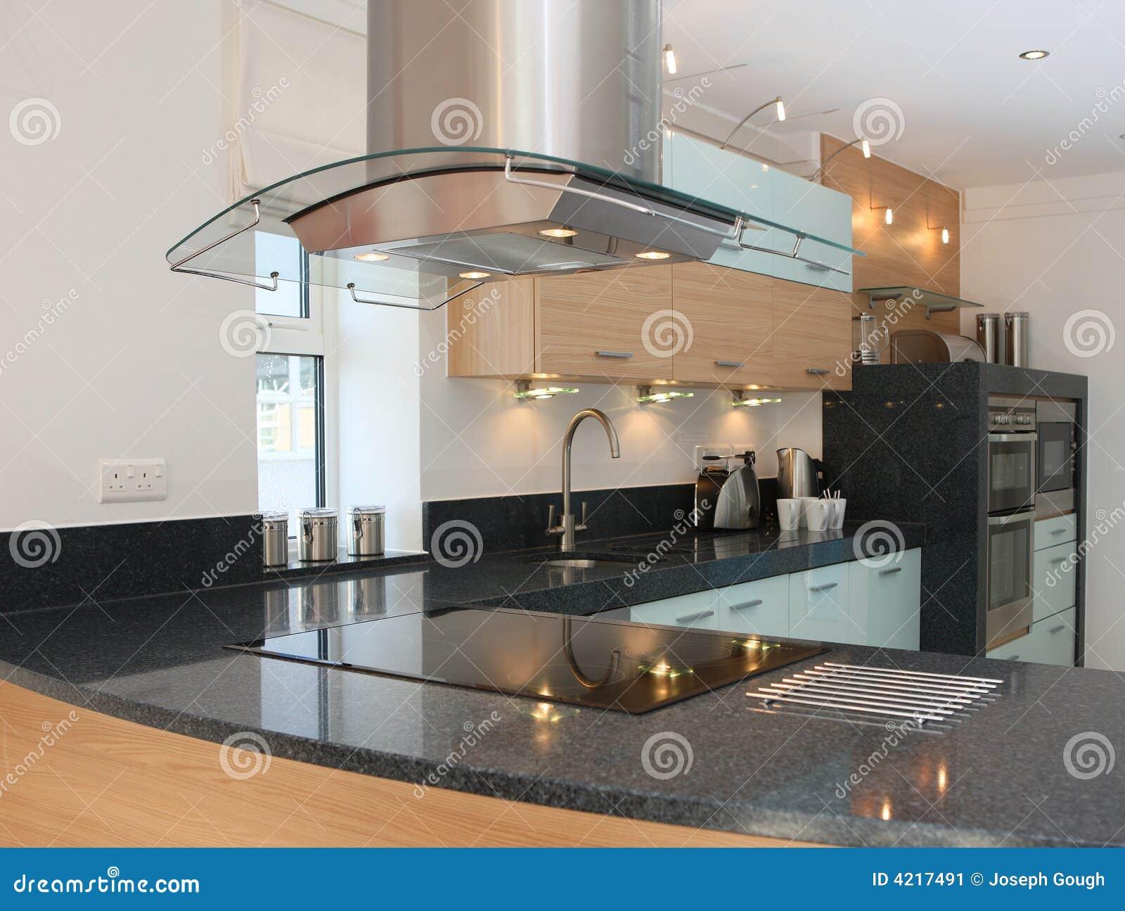 Binnenland van de keuken van de luxe het moderne stock afbeelding afbeelding 4217491 - Afbeelding van keuken amenagee ...