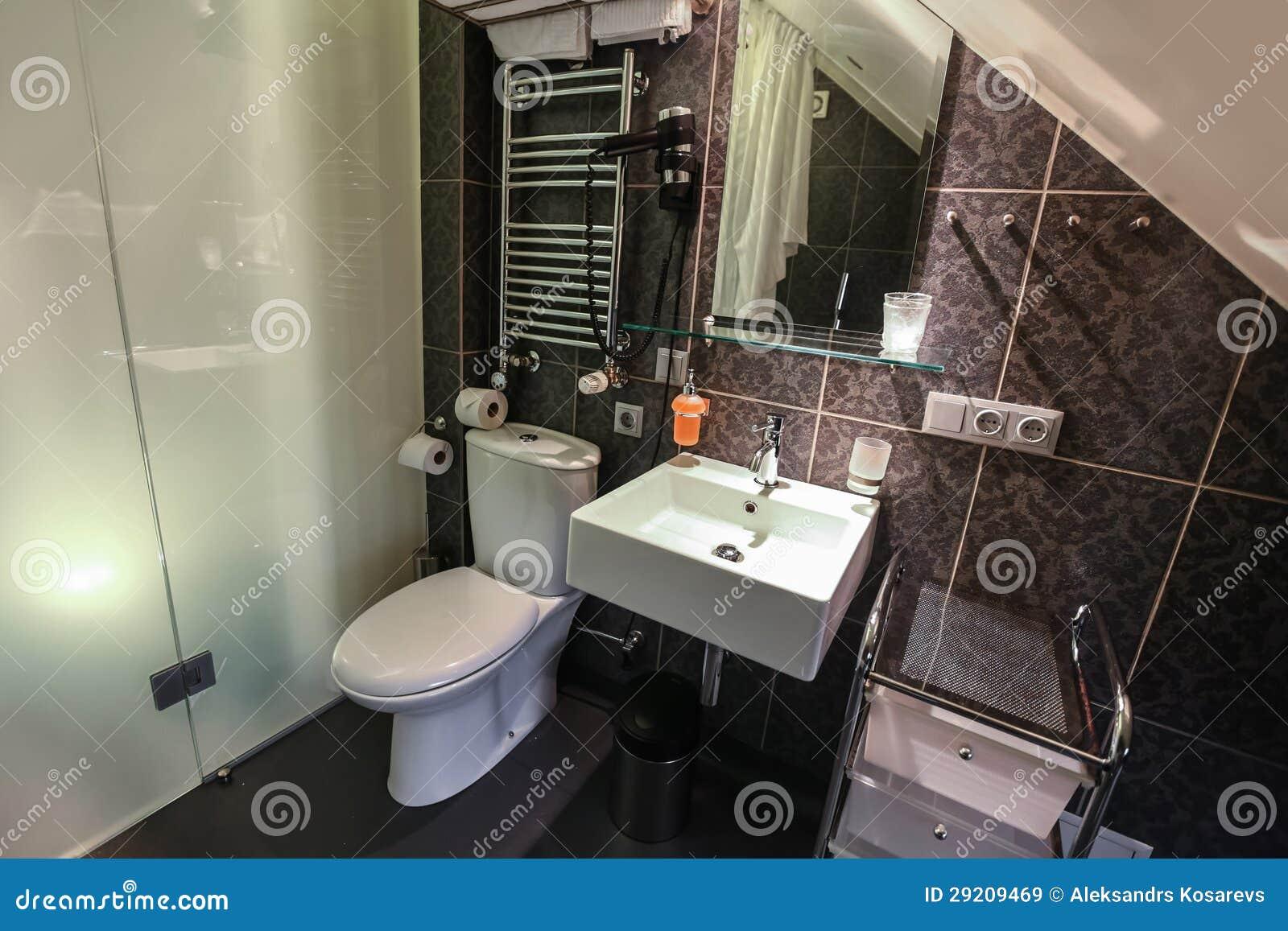 Binnenland van luxe moderne badkamers royalty vrije stock afbeeldingen afbeelding 29209469 for Moderne badkamers