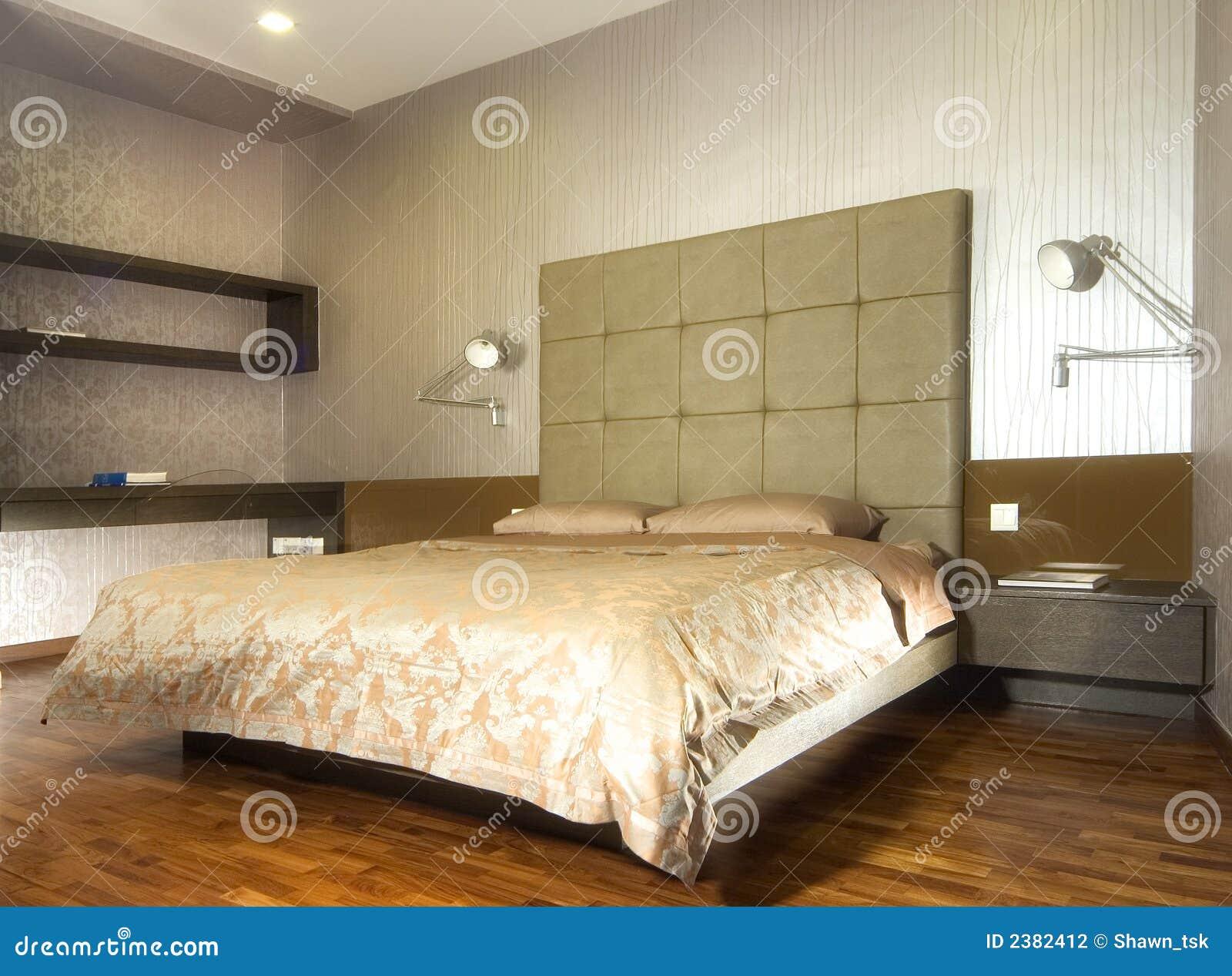 Binnenlands ontwerp slaapkamer stock fotografie afbeelding 2382412 - Slaapkamer met behang ...