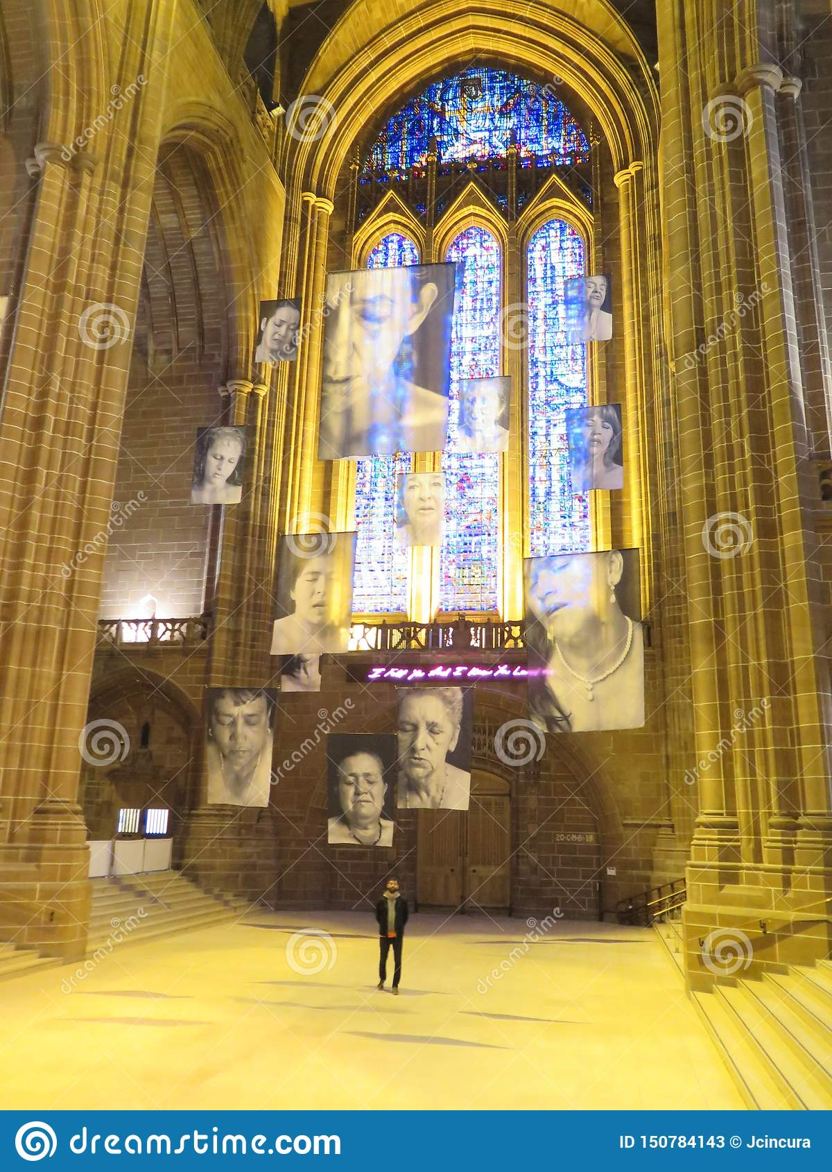 Binnenmening van de kathedraal van Liverpool