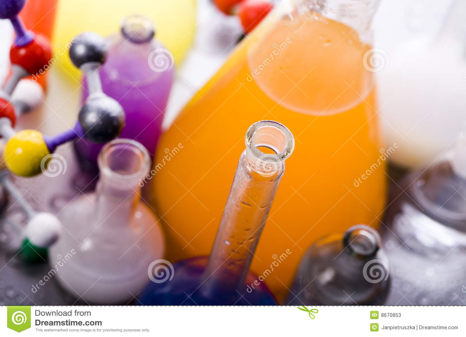 Biochimie et atome