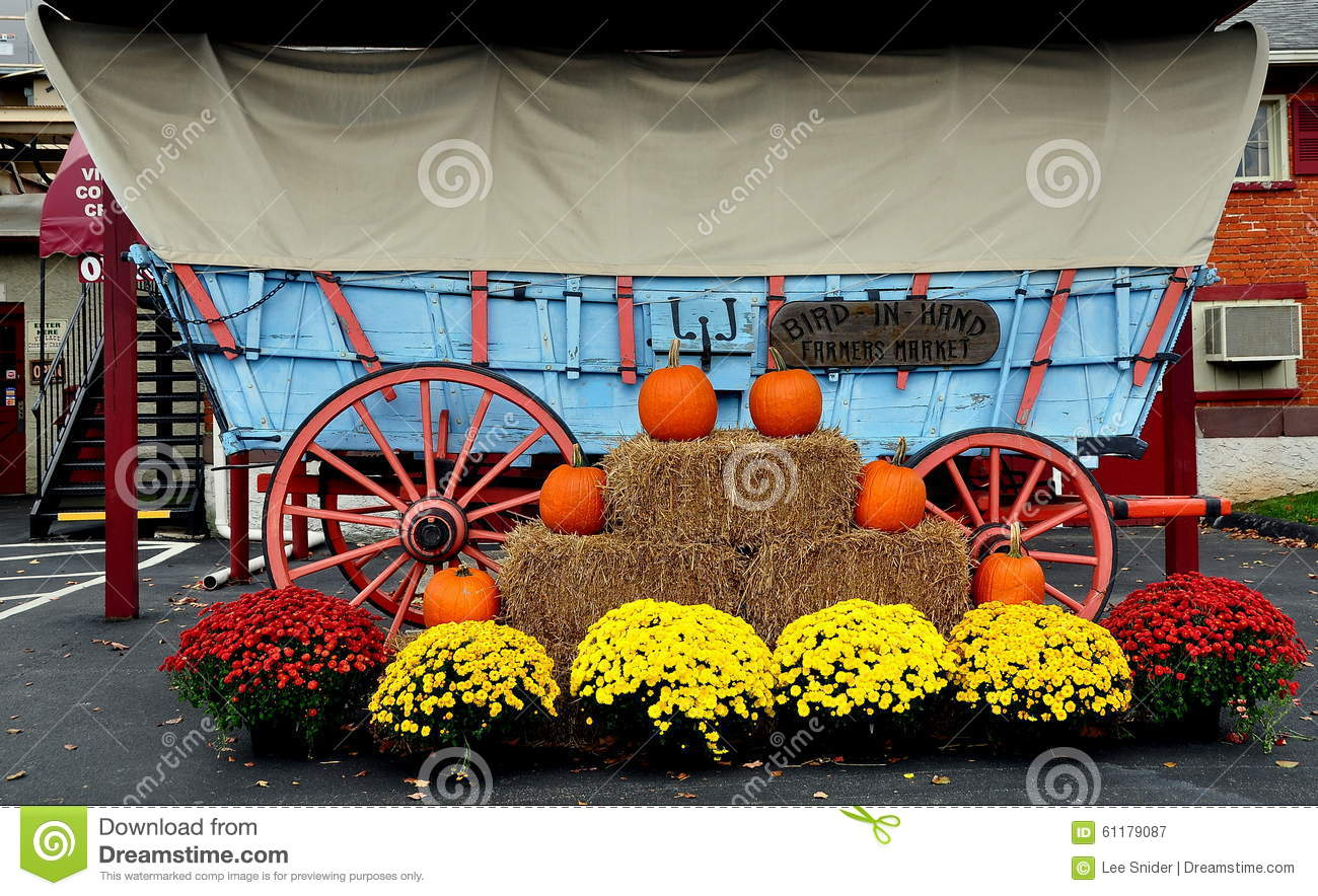 Bird In Hand Pa Conestoga Wagon And Fall Decorations Editorial