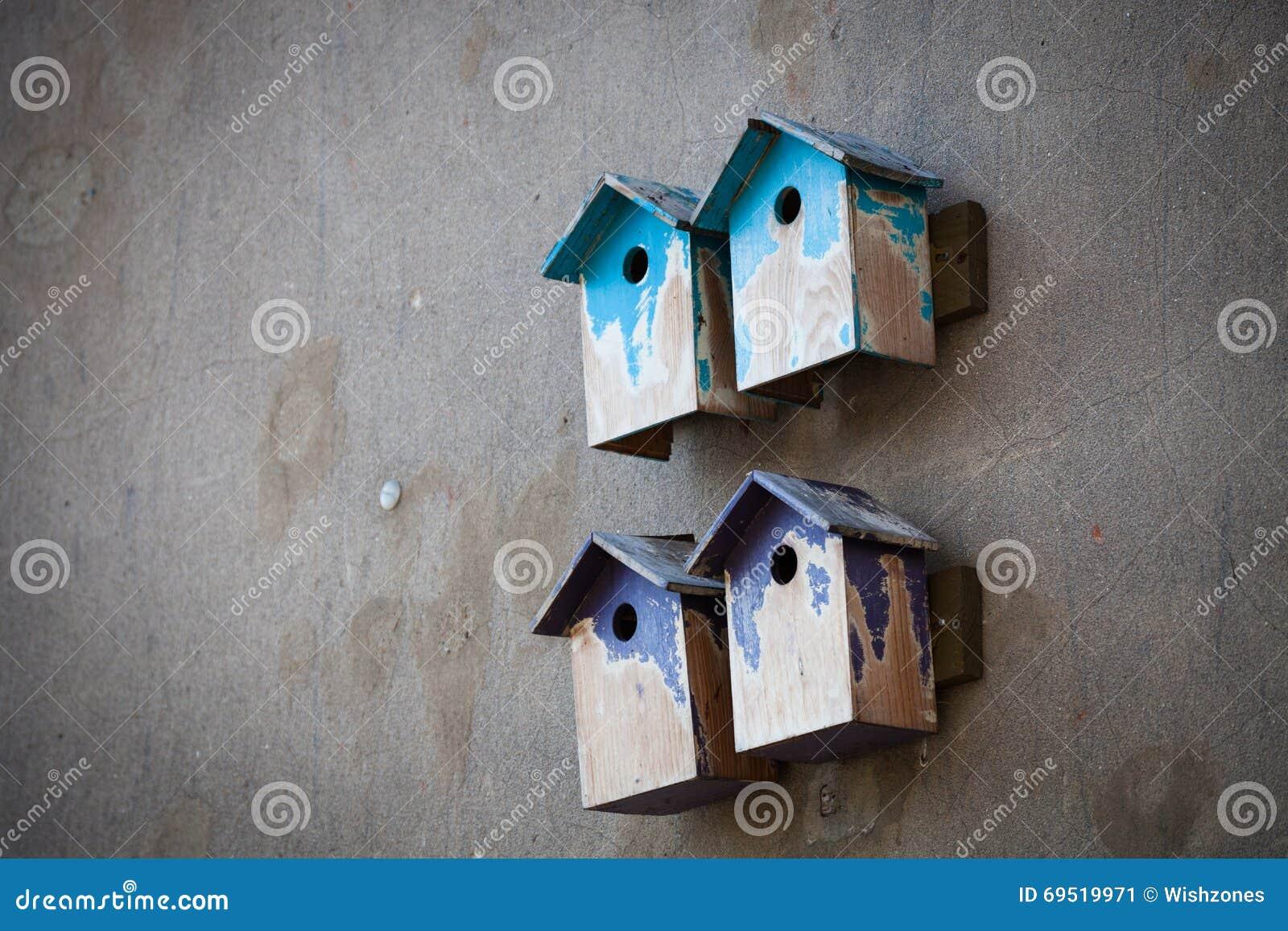 Birdhouses цветастые