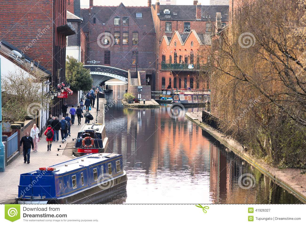 Current local time in Birmingham, United Kingdom. Time difference with Birmingham, Birmingham time zone, military time in Birmingham, daylight saving time (DST) in Birmingham, time change in Birmingham, sunrise and sunset time in Birmingham, Birmingham map, .