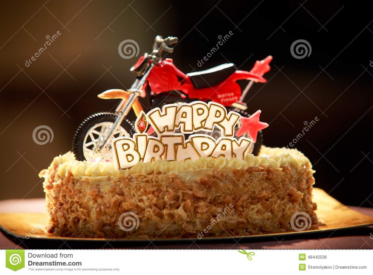 Mensagem De Bolo De Aniversario: Birthday Cake Decorated With Motorcycle And Red Stars