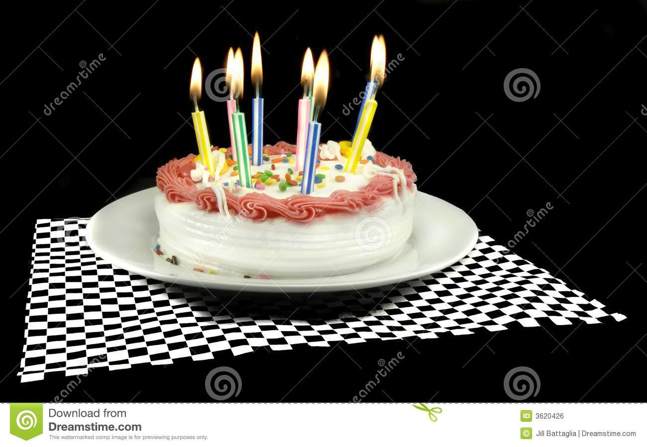 Pictures Of Birthday Cakes With Candles Lit : Birthday Cake With Lit Candles Royalty Free Stock Image ...