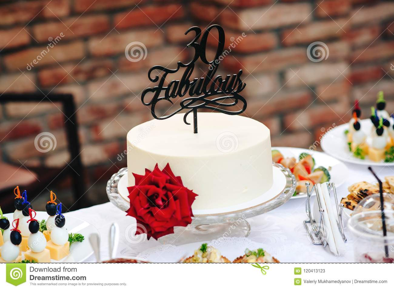 Super Birthday Cake With Red Rose Fabulous 30 Special Cake 30 Years Funny Birthday Cards Online Barepcheapnameinfo