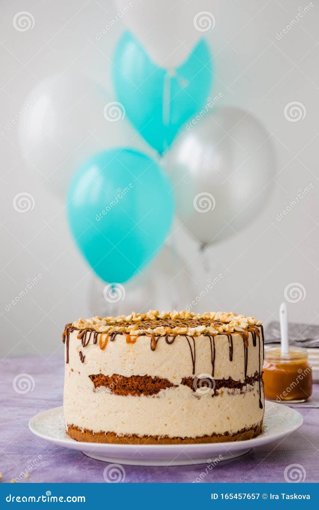 Astounding Birthday Cake Snickers Homemade Holiday Cake With Caramel Nougat Funny Birthday Cards Online Hetedamsfinfo