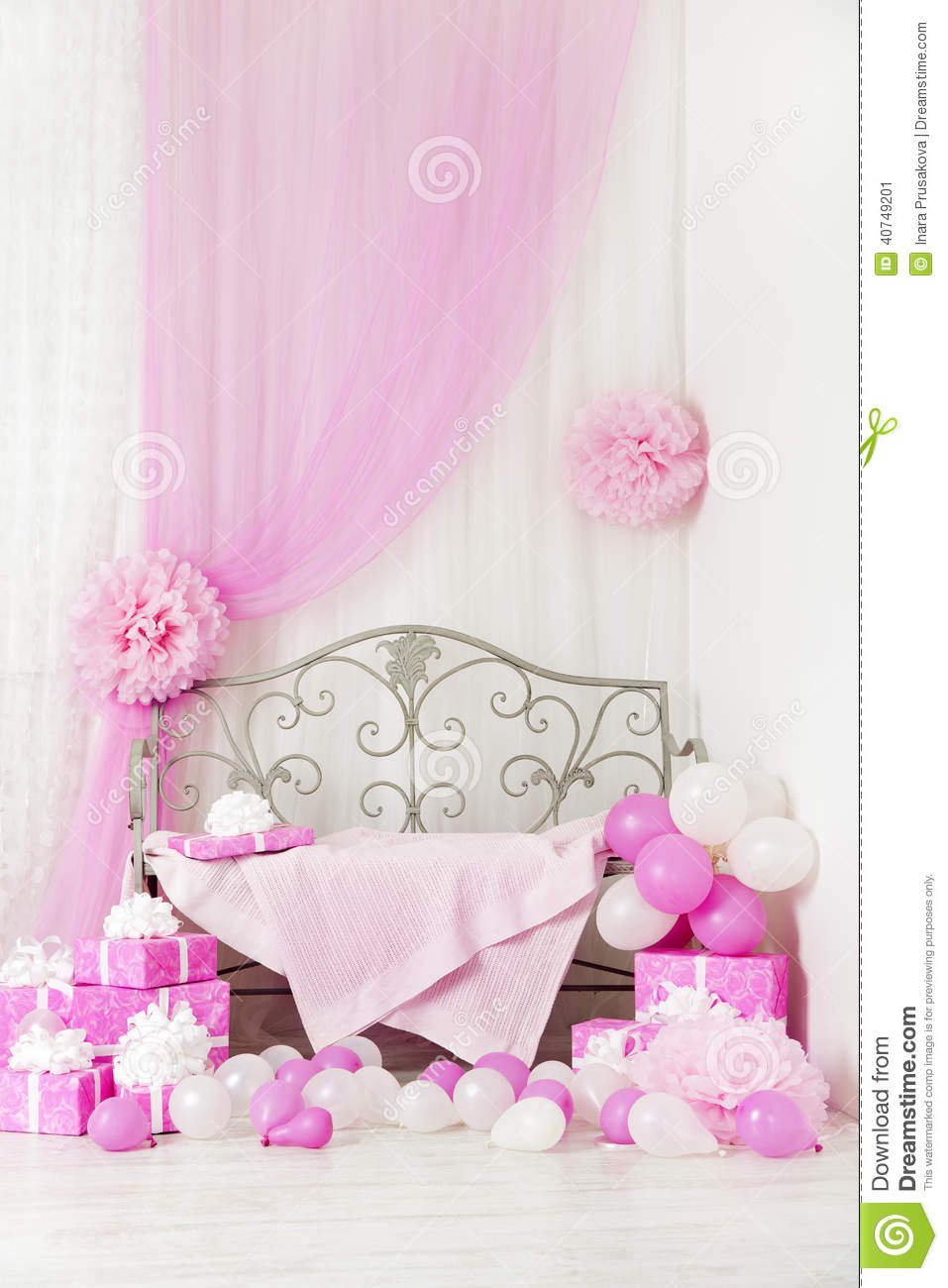 Children S Party Box Wall Art For Girl S Bedroom: Birthday Party Room Background With Gift Boxes. Kids