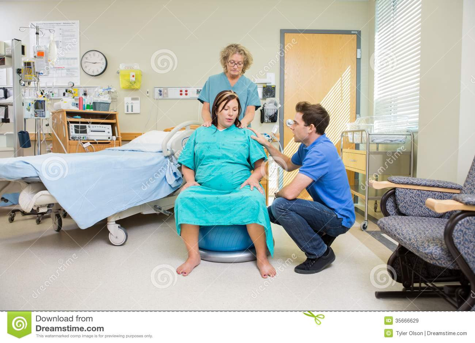 newborn nurse