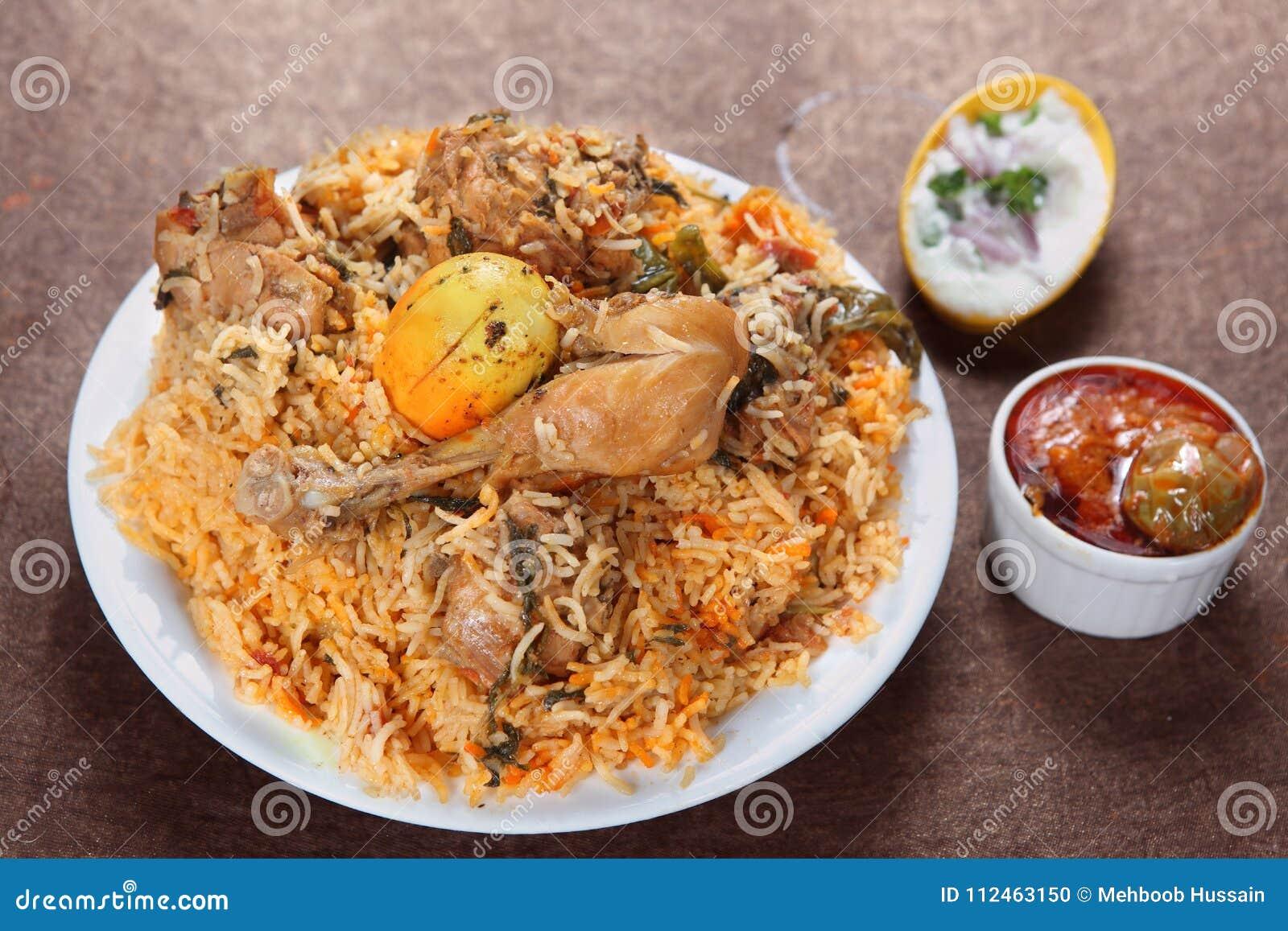 Biryani del pollo, Murgh Biryani