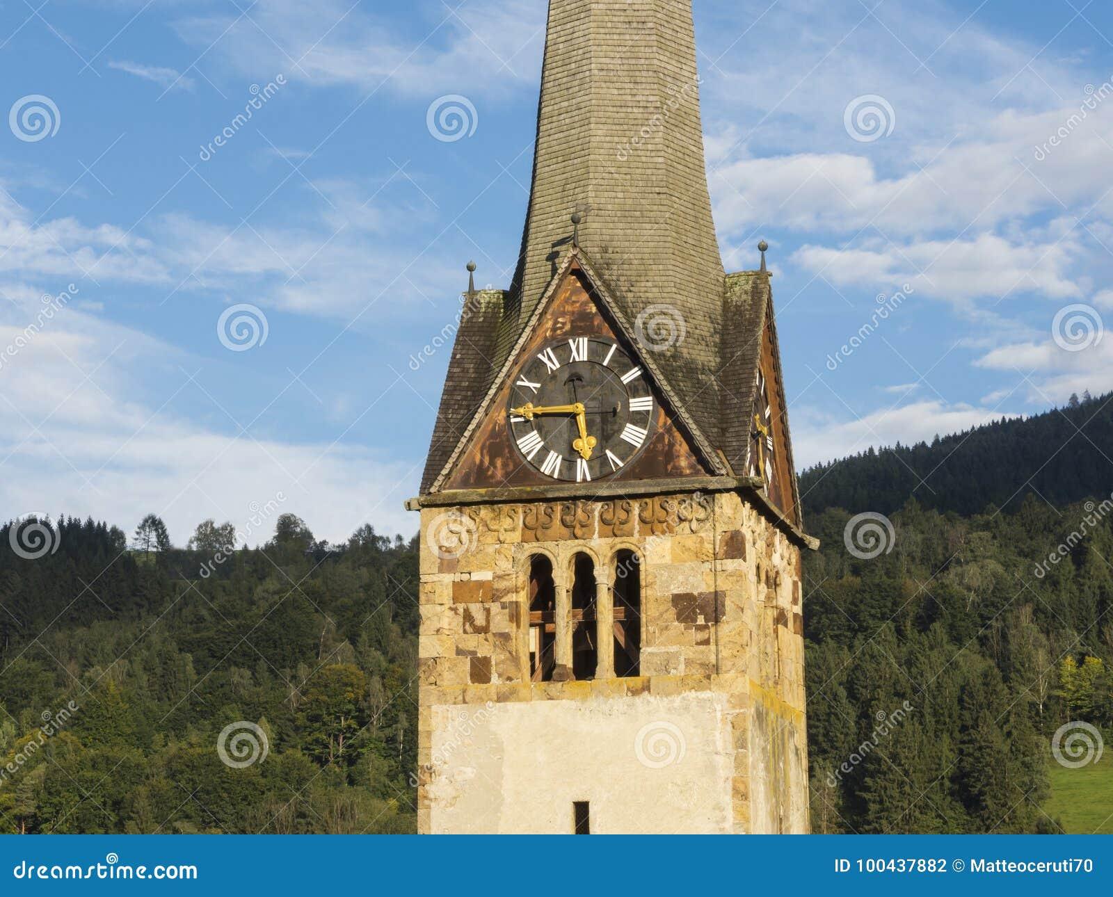 Bischofshofen, Pongau, Salzburger ziemia, Austria, typowy Austriacki dzwonkowy wierza