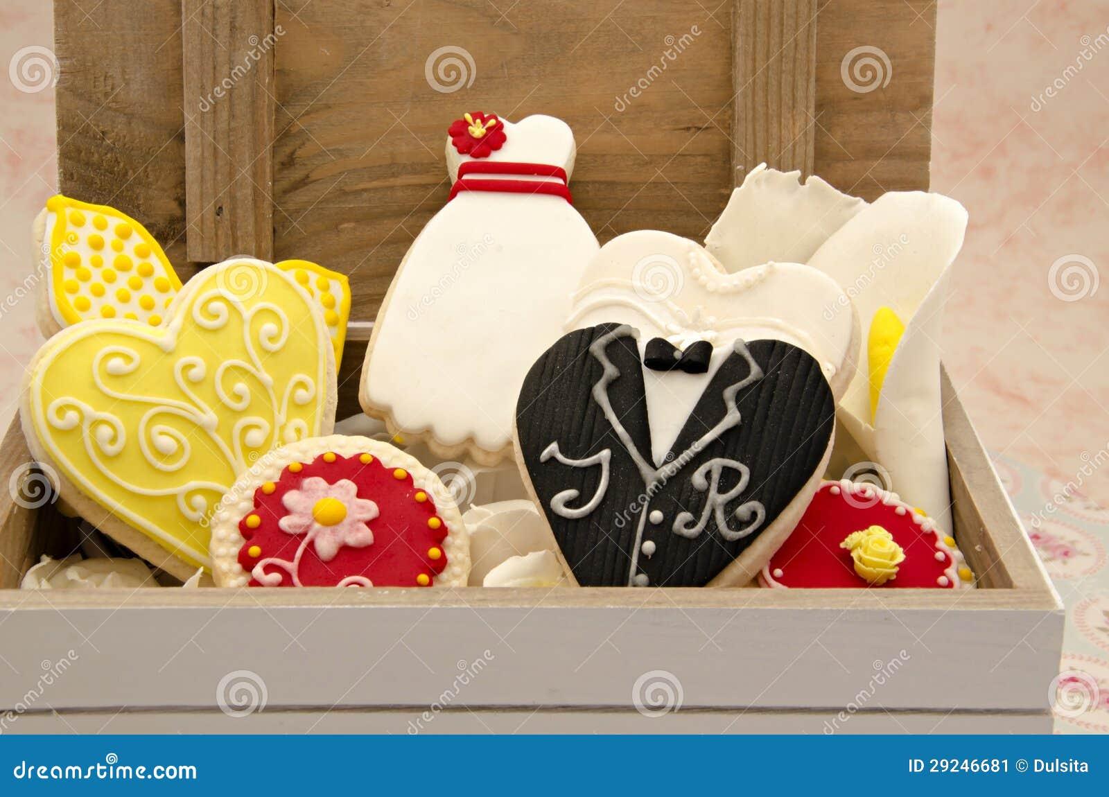 Download Biscoitos imagem de stock. Imagem de cozinha, dessert - 29246681