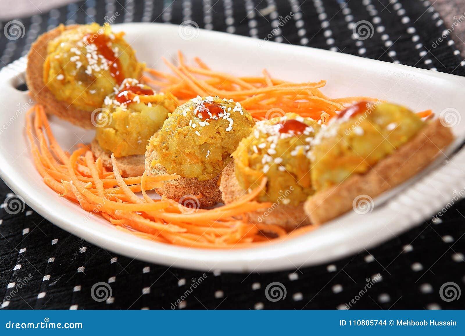 Biscotti del pane della patata, biscotti della patata della moneta di oro