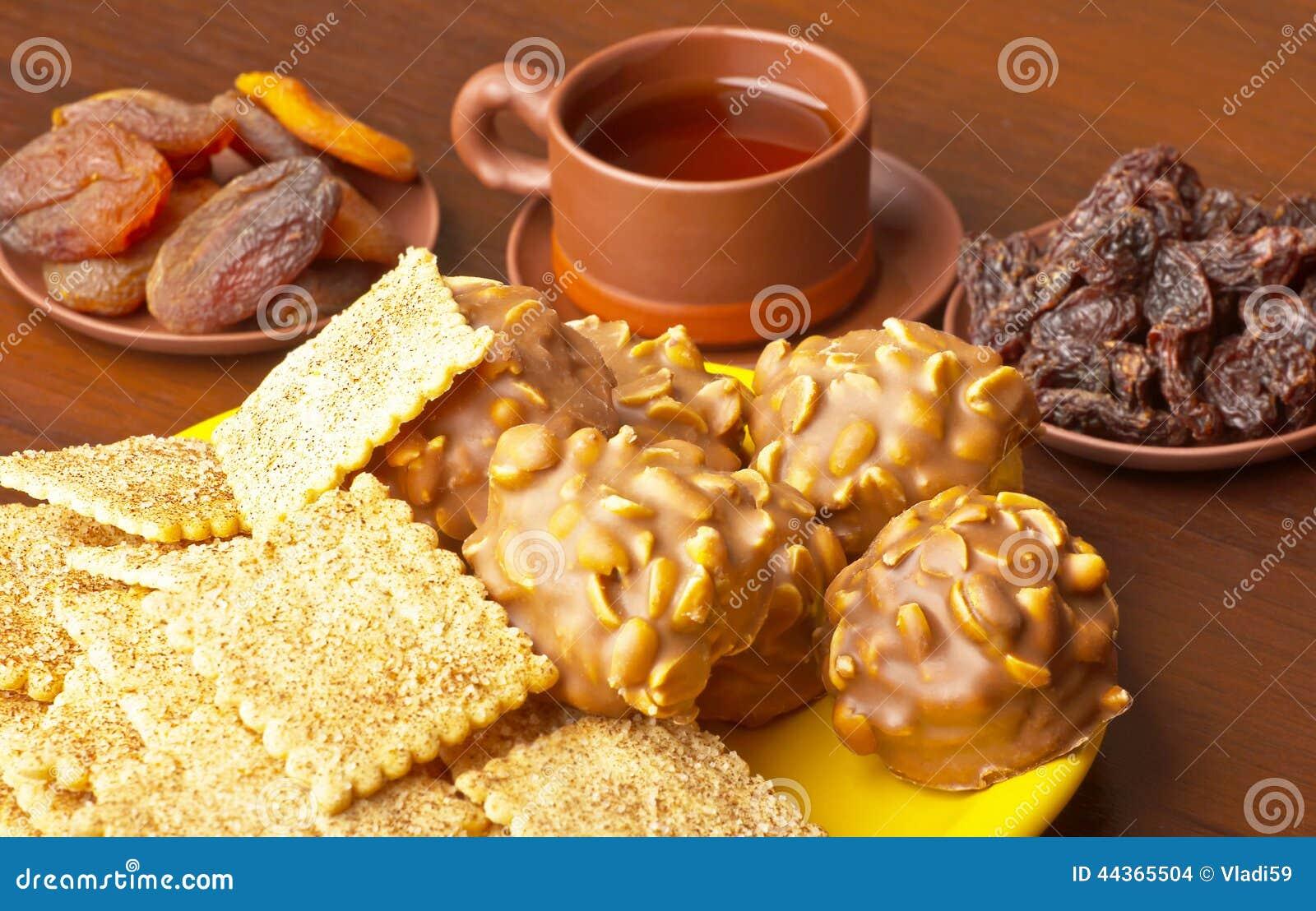 Biscotti su una zolla