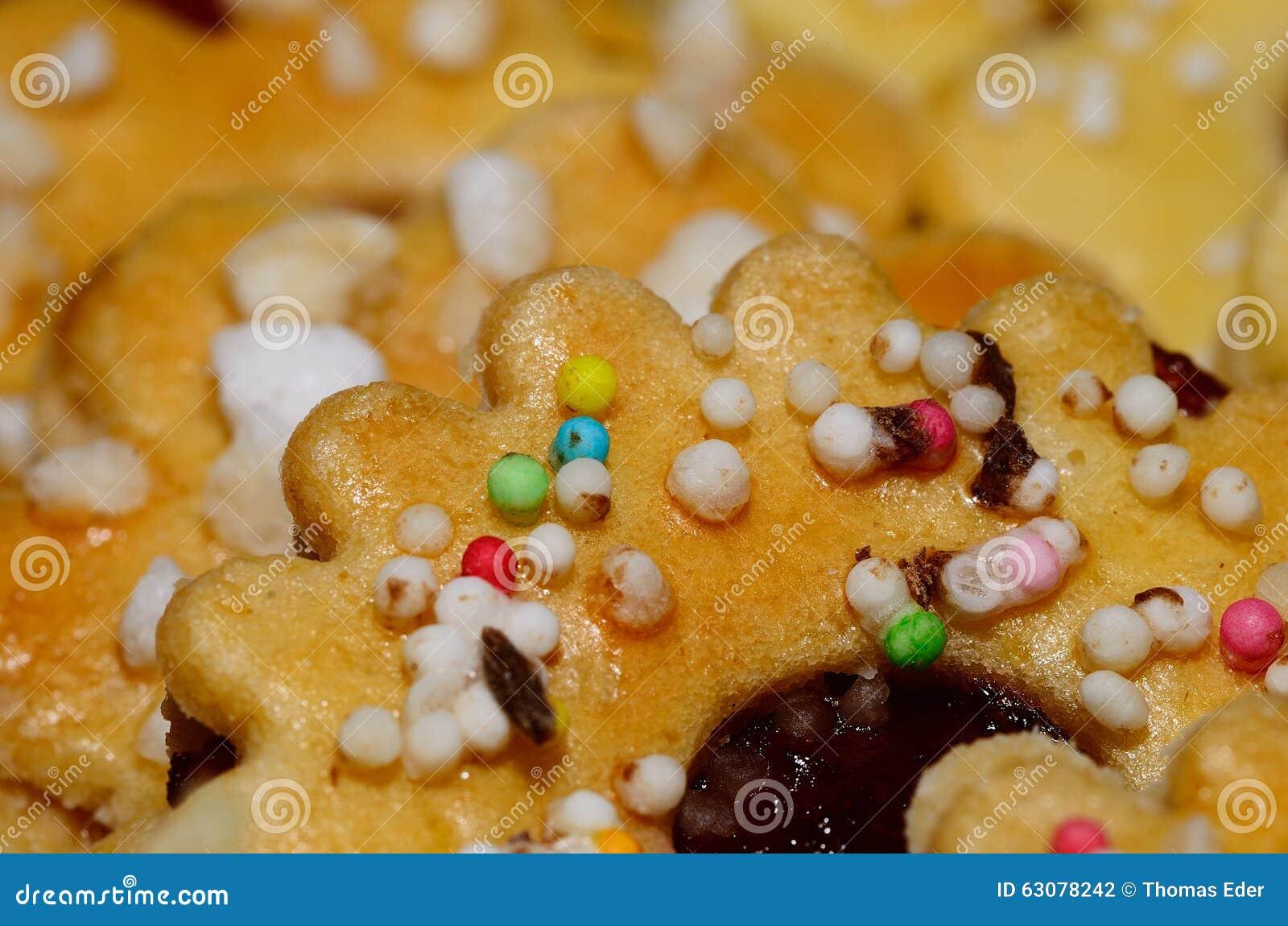 Download Biscuit Avec Beaucoup De Petites Perles Colorées Photo stock - Image du créateur, mignon: 63078242