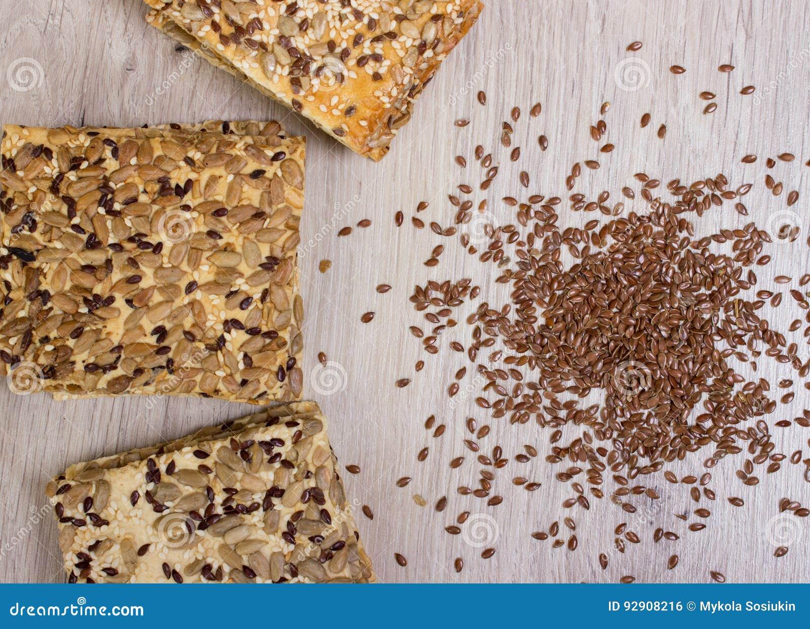 Biscuit de lin Casse-croûte sains, graines de citrouille de semence d oeillette, coriandre, graines de tournesol Les régimes salé