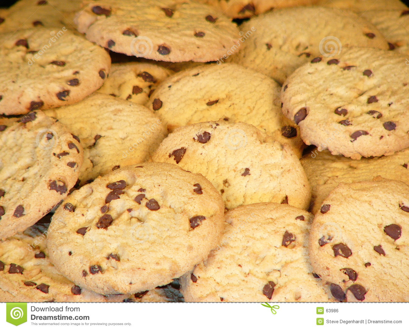 Download Biscuits photo stock. Image du biscuits, croûte, lait, casse - 63986