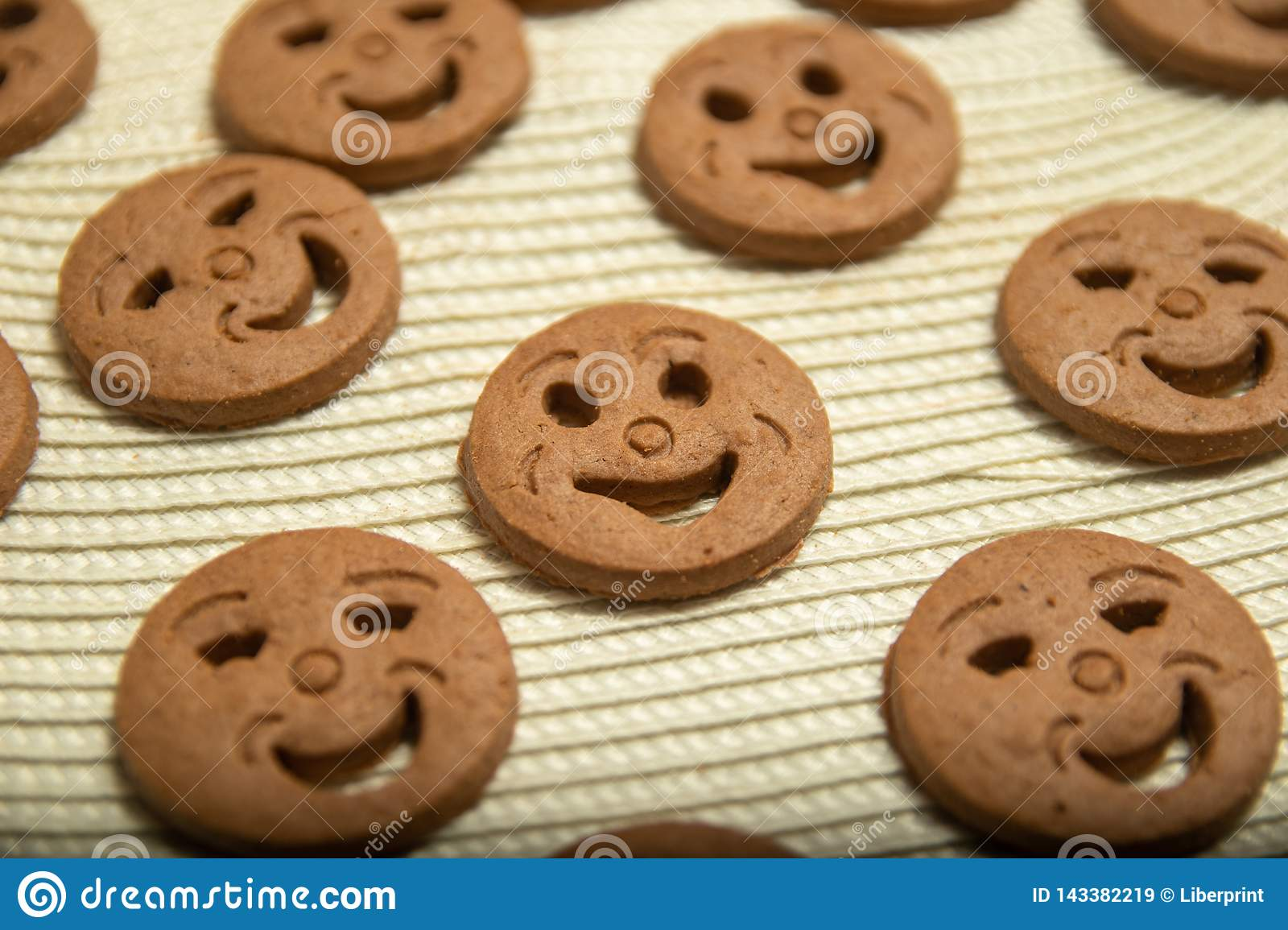 Biscuits arrondis sous forme de smiley
