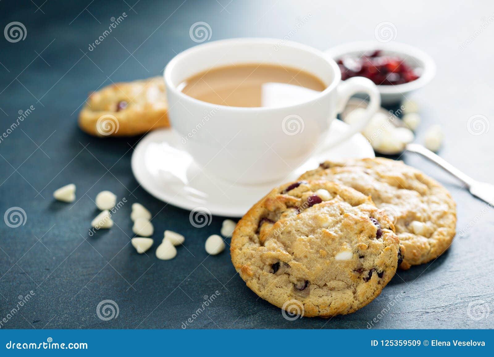 Biscuits blancs de chocolat et de canneberge