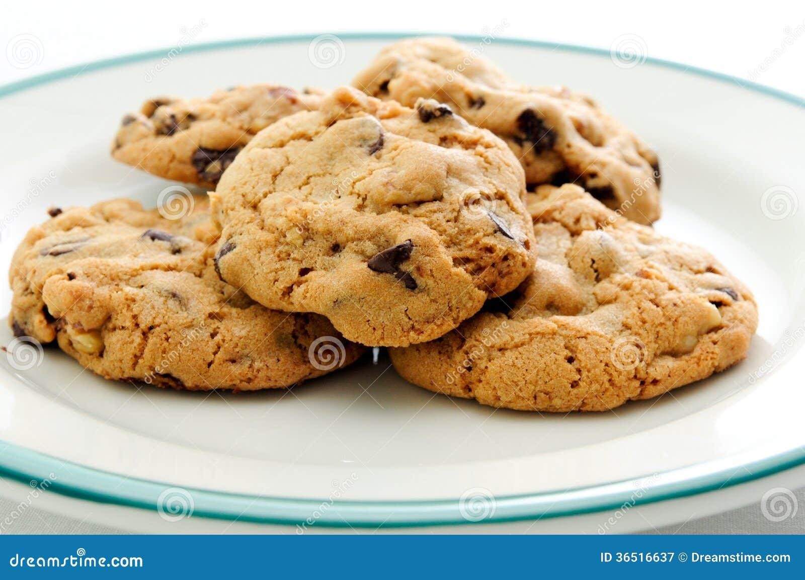 Biscuits de puce et de noix de chocolat