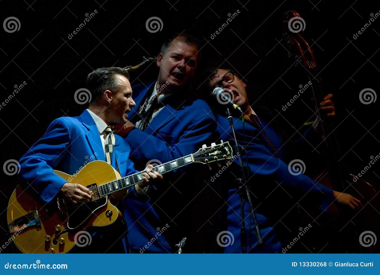 Biskwitowego chłopiec festiwalu jazzowa scena Umbria