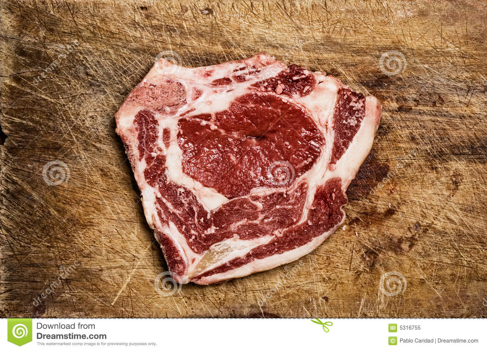 Download Bistecca isolata. immagine stock. Immagine di vegetariano - 5316755
