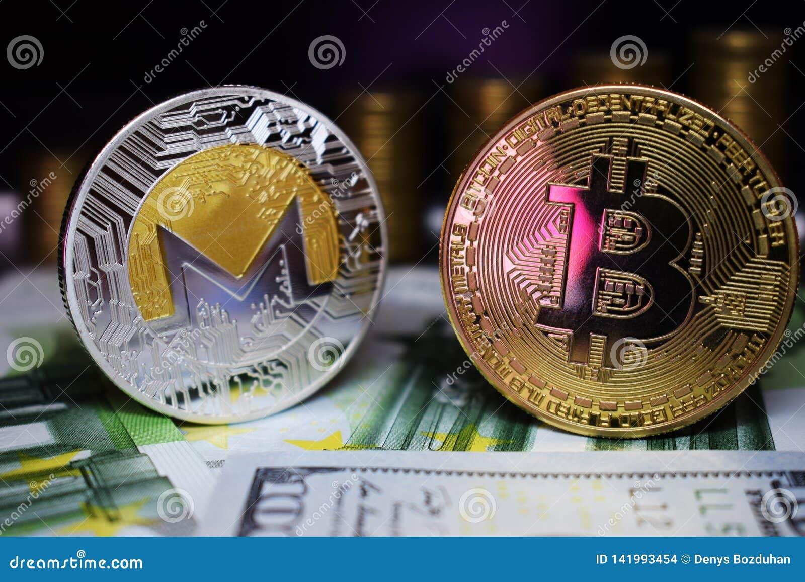 Bitcoin BTC och Monero XRM mynt på sedlar, mot bakgrunden av växande trappa för pengar