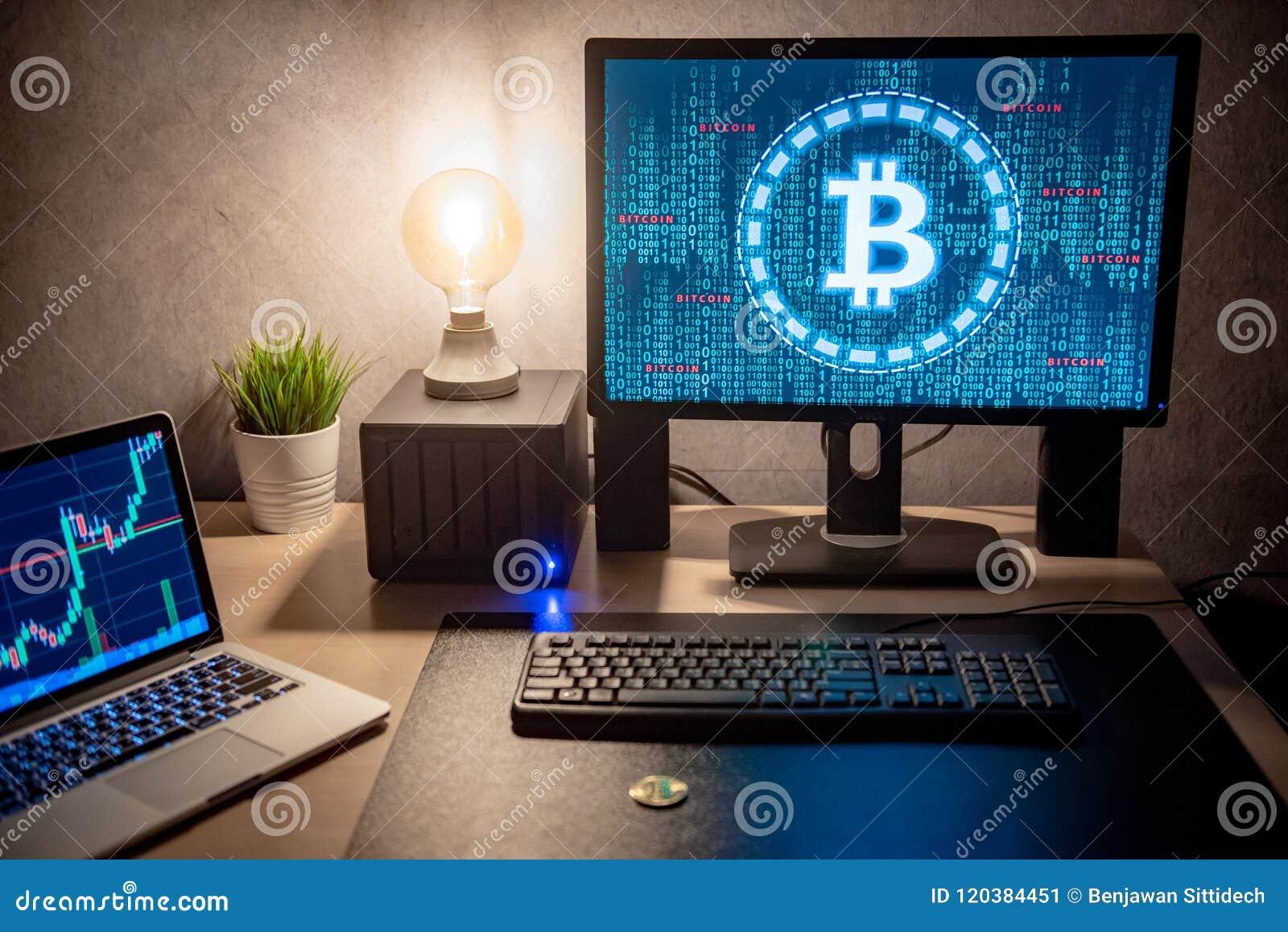 Il Bitcoin corre a 38mila dollari: effetto Elon Musk e Amazon sulle criptovalute