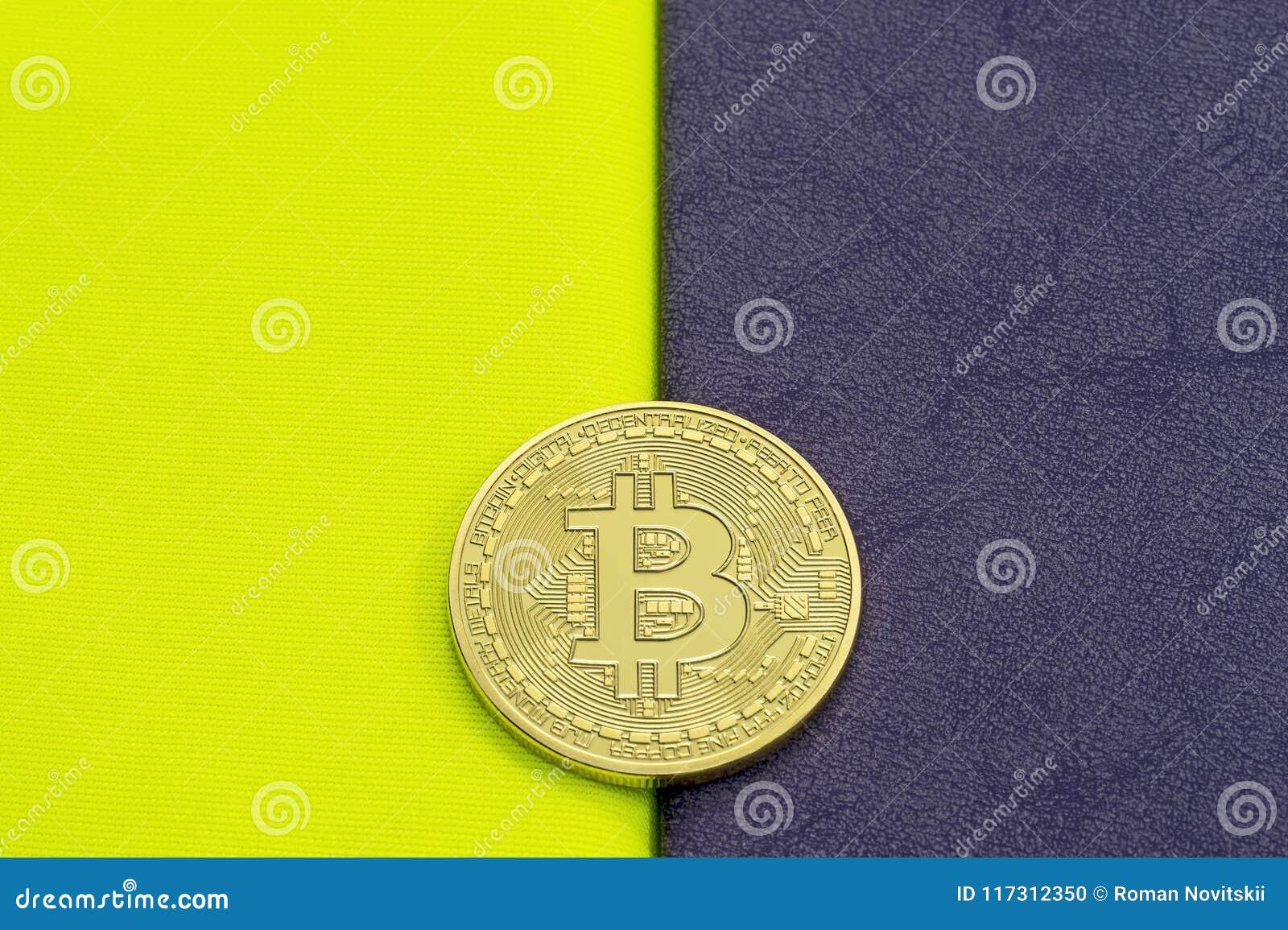 Bitcoin di Digital su un acido su un fondo porpora