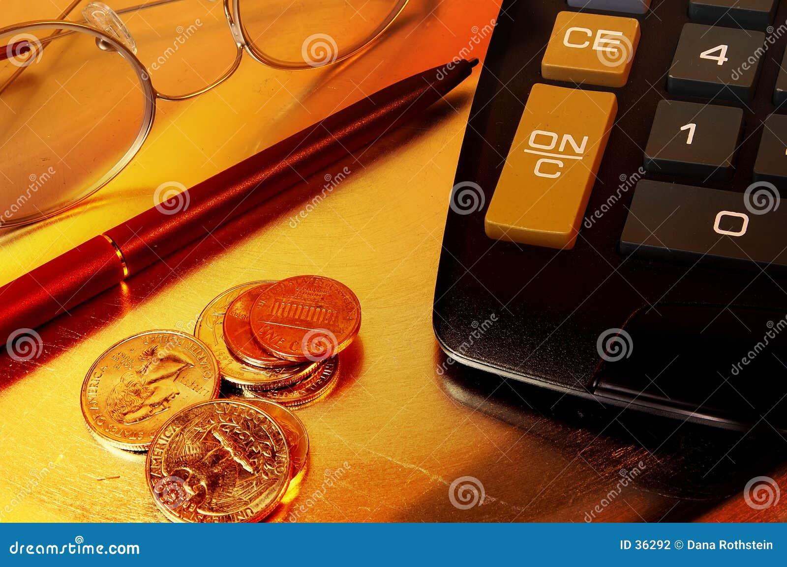Download Biurko rzeczy zdjęcie stock. Obraz złożonej z bogactwo, metafora - 36292