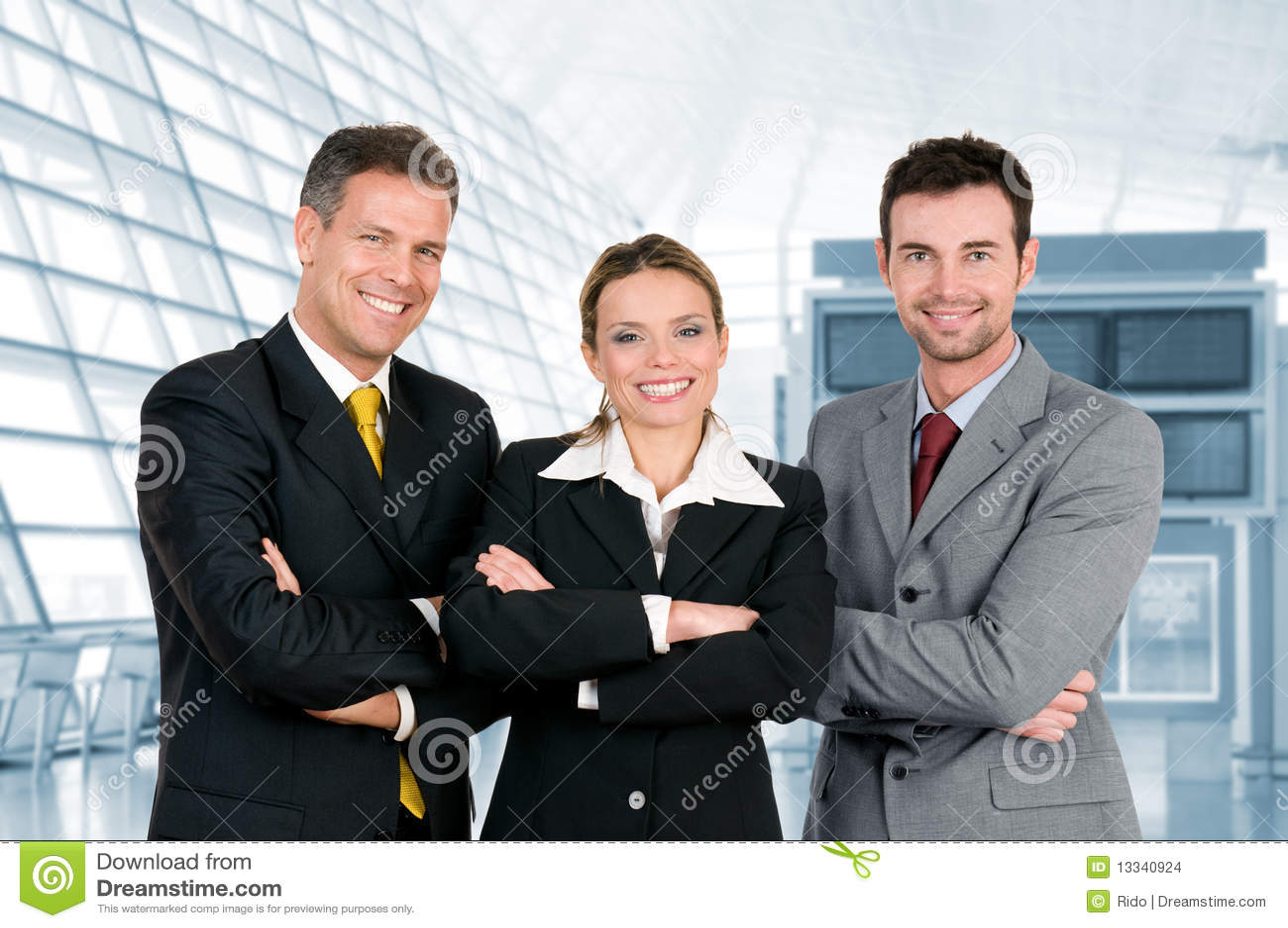 Biuro biznesowa szczęśliwa drużyna
