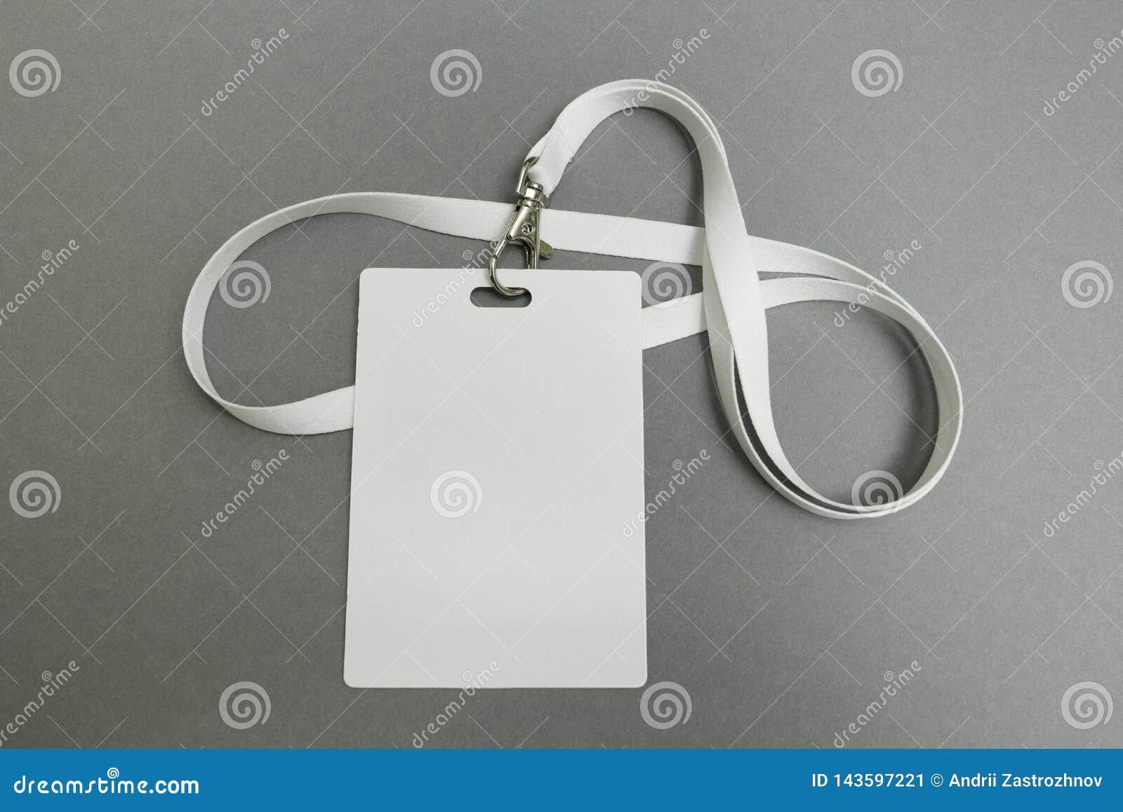 Biznesmen imię karta na falrepie Tożsamościowa etykietka odizolowywająca na szarym tle pustej karty id
