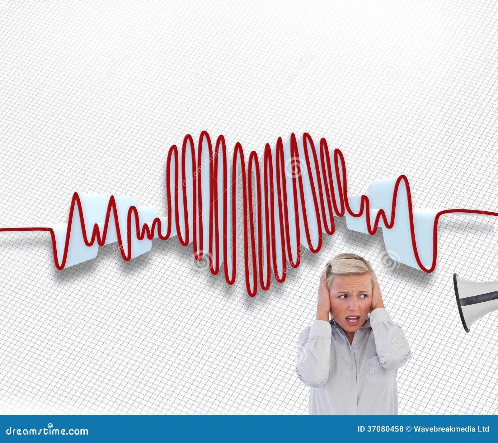 Download Biznesmen Krzyczy Przy Kolegą Z Jego Megafonem Zdjęcie Stock - Obraz złożonej z potomstwa, linia: 37080458
