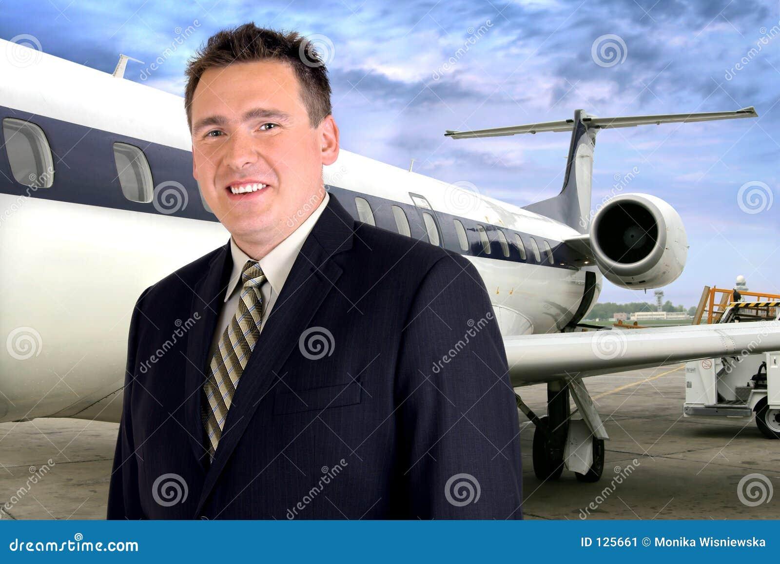 Biznesmen samolotowa podróży