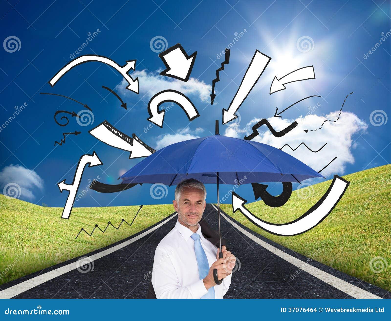 Download Biznesmen Trzyma Błękitnego Parasol Zdjęcie Stock - Obraz złożonej z doodle, kierunek: 37076464
