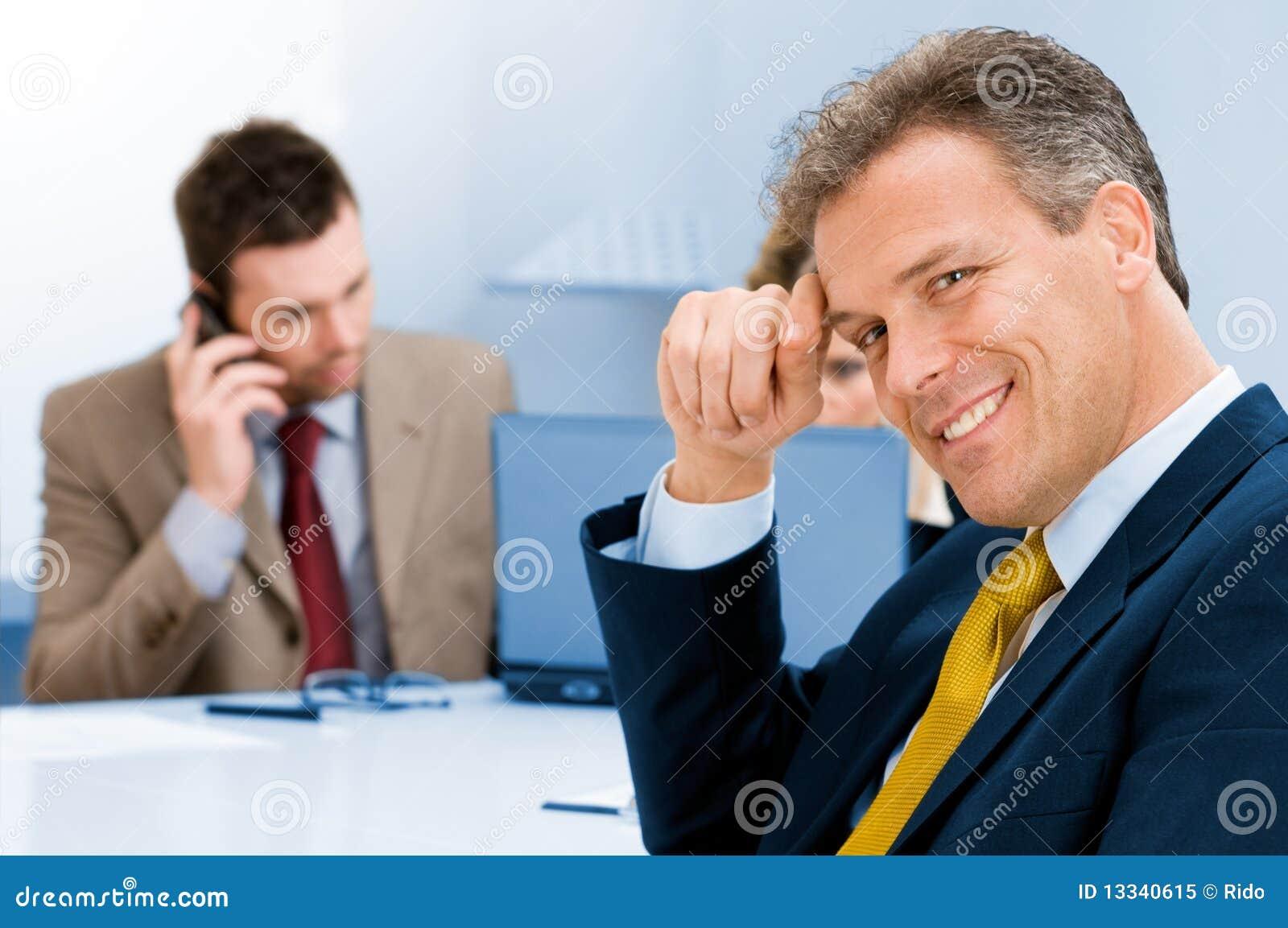 Biznesmena ja target2050_0_ biurowy starszy