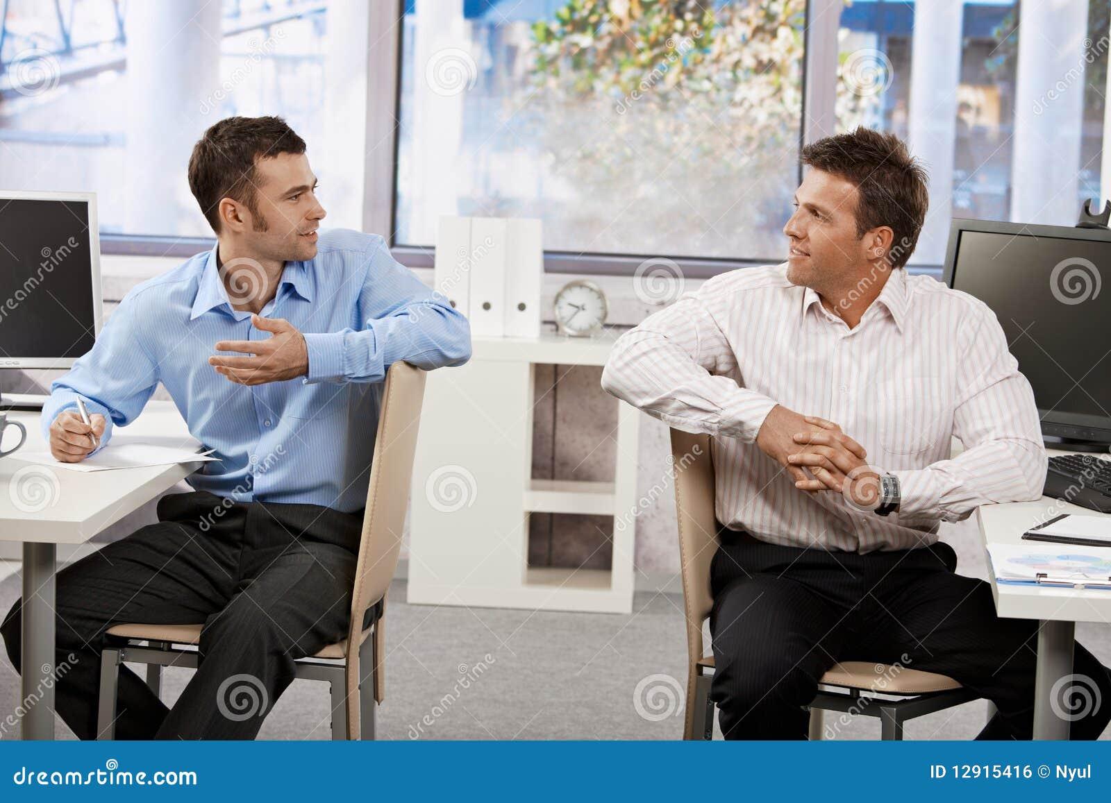 Biznesmeni biurowi