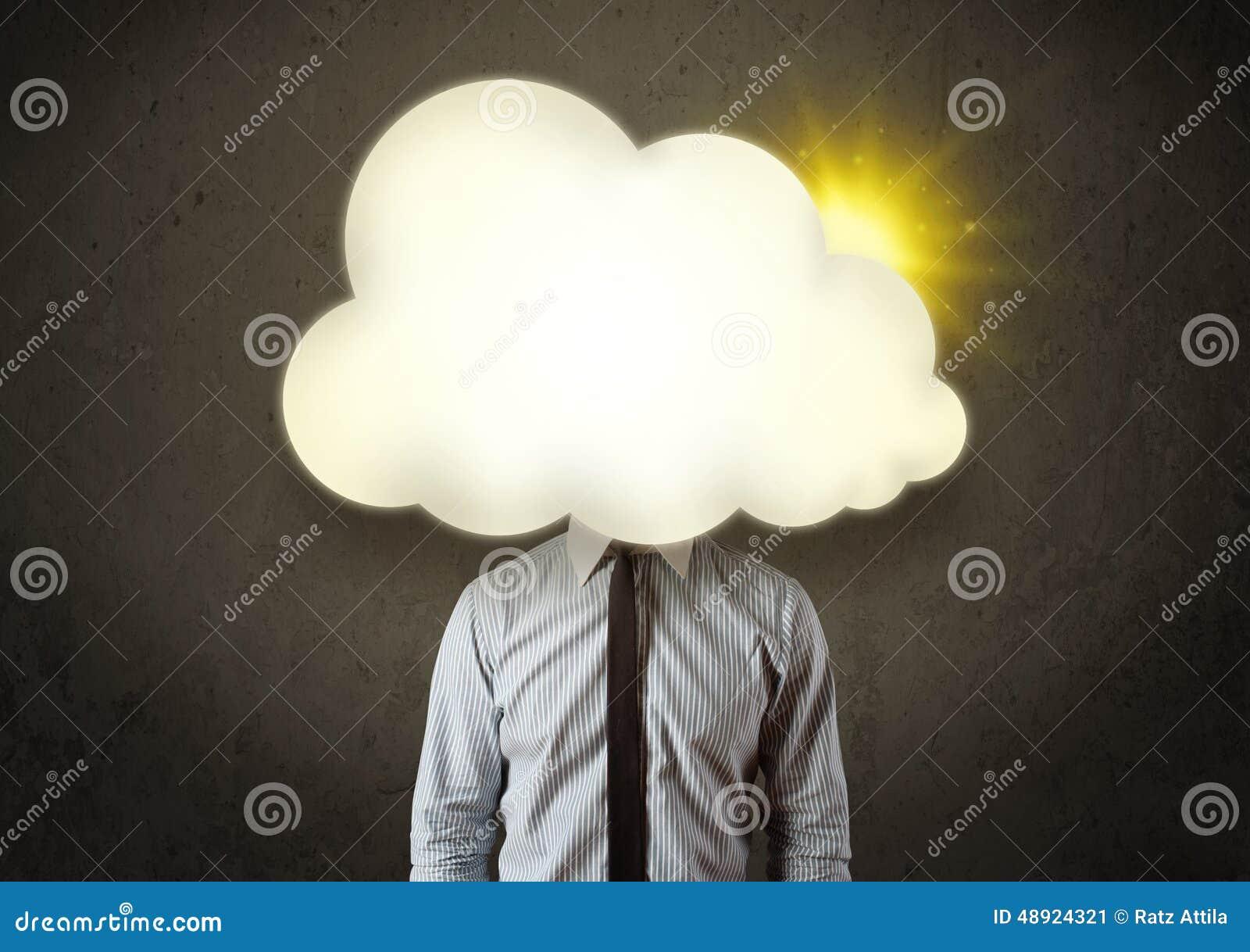 Biznesowy mężczyzna w koszula i krawat z pogodną chmurą przewodzimy pojęcie