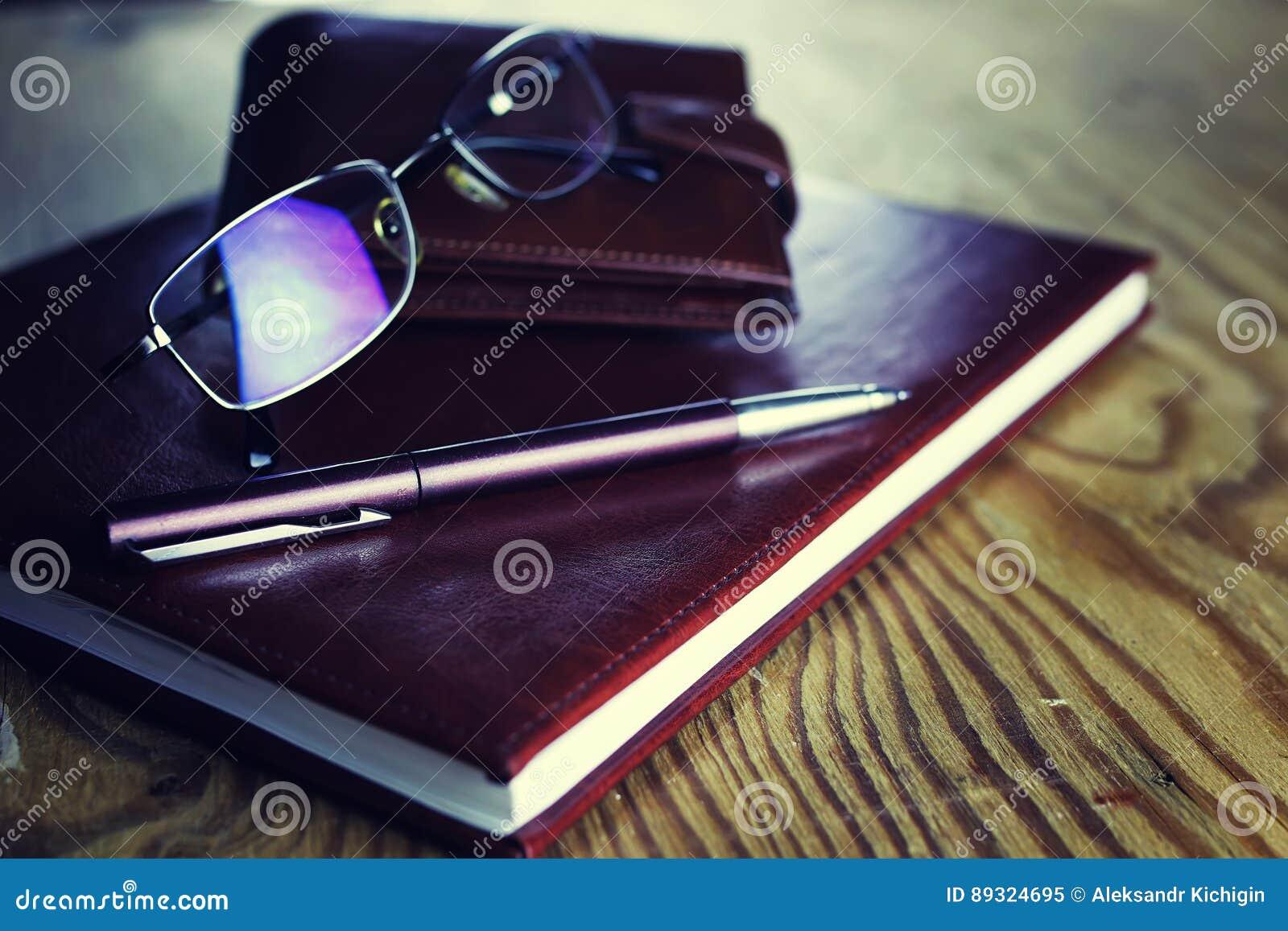 Biznesowy piór szkieł notatnik