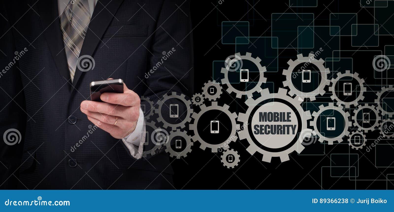 Biznesowy pojęcie, biznesmen z smartphone Na całym świecie podłączeniowa technologia ochrona ruchomej