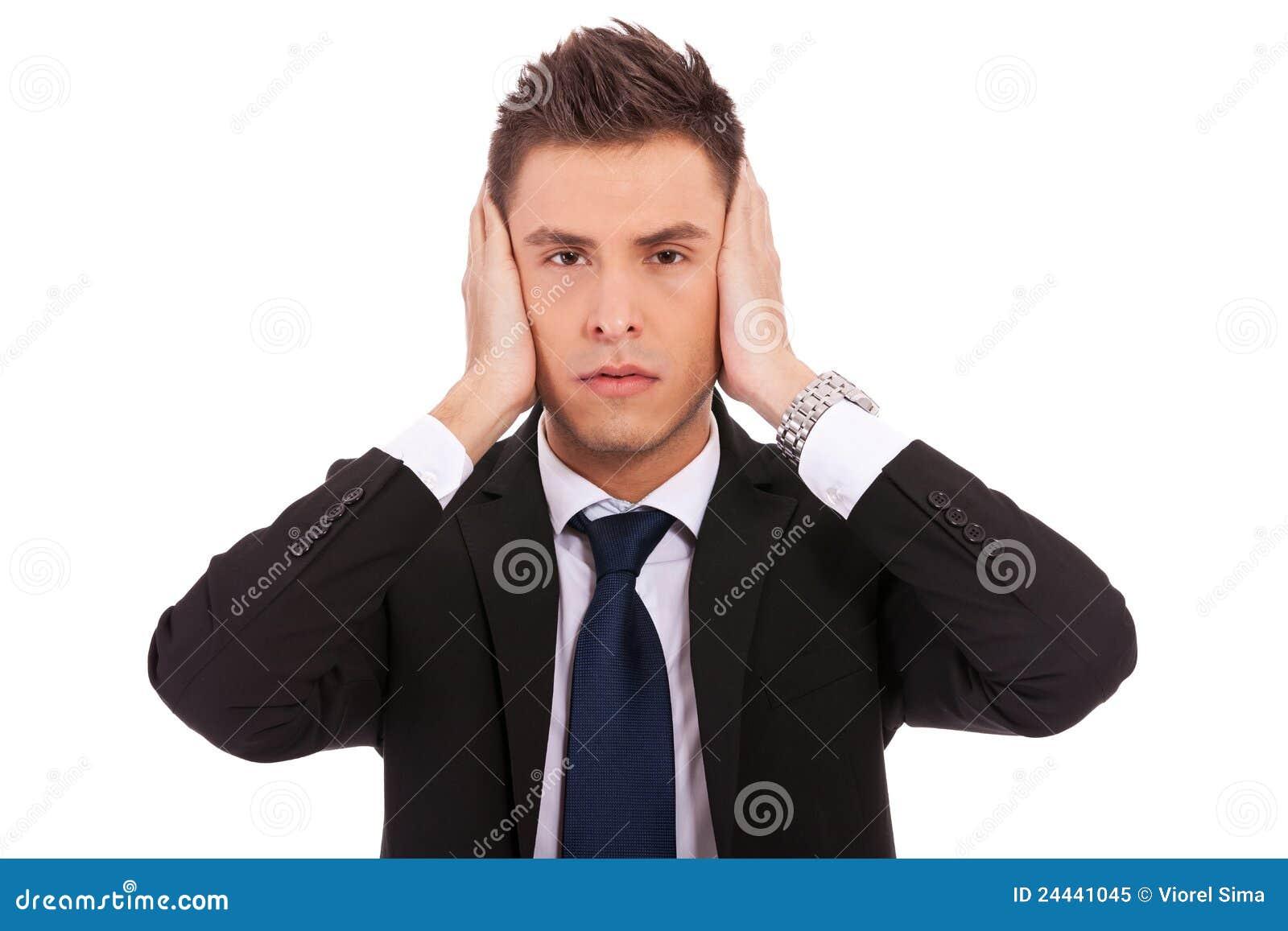 Biznesowy zło słucha mężczyzna żadna poza