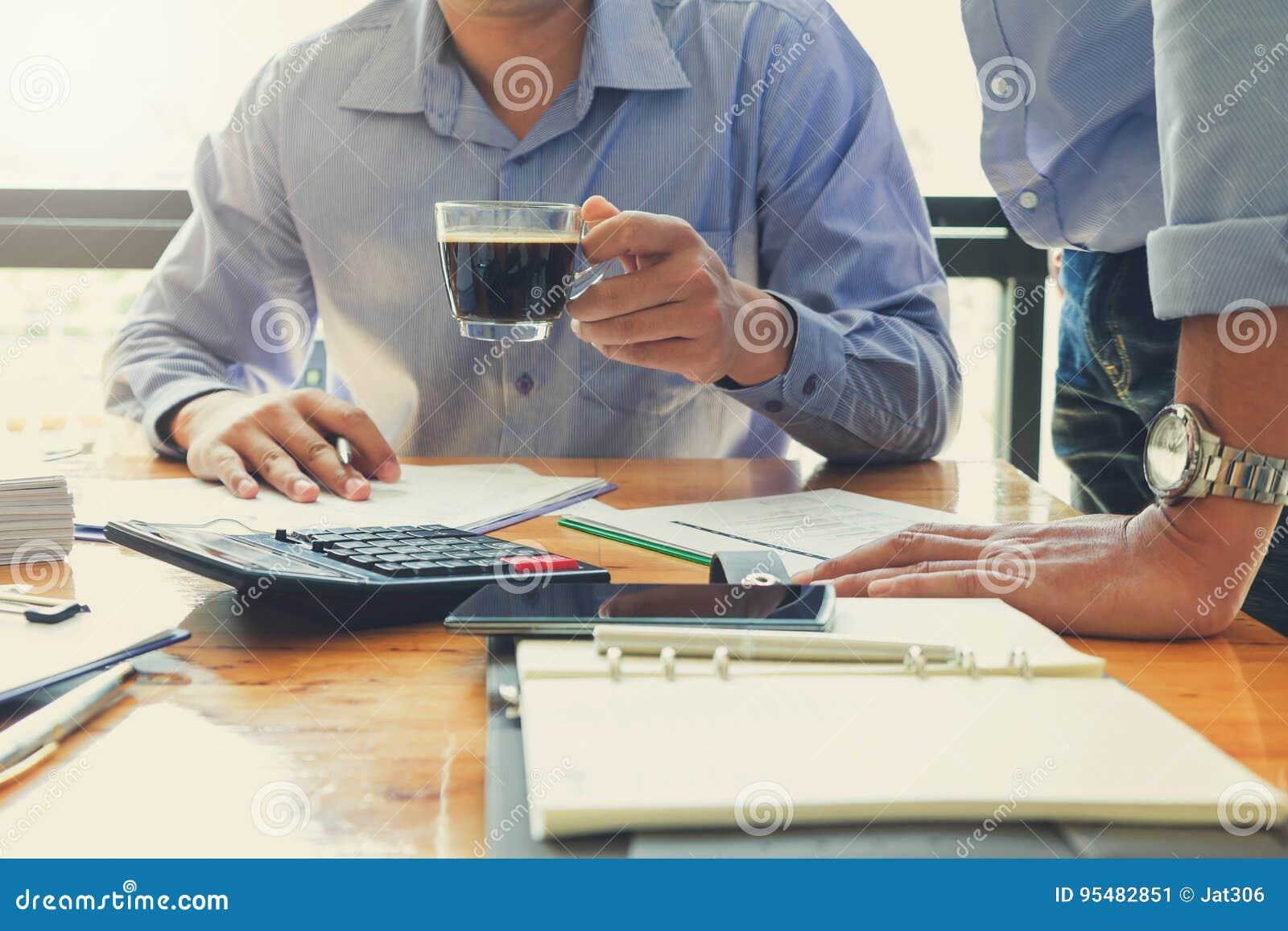 Biznesu i finanse pojęcie biurowy działanie