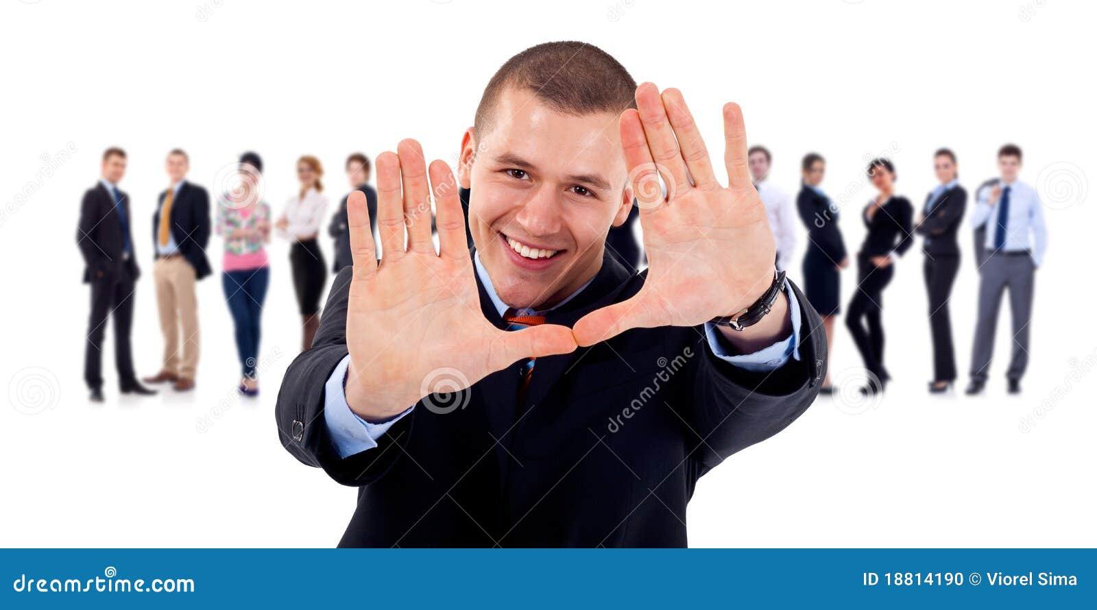 Biznesu ramy gesta ręki lider robi drużyny