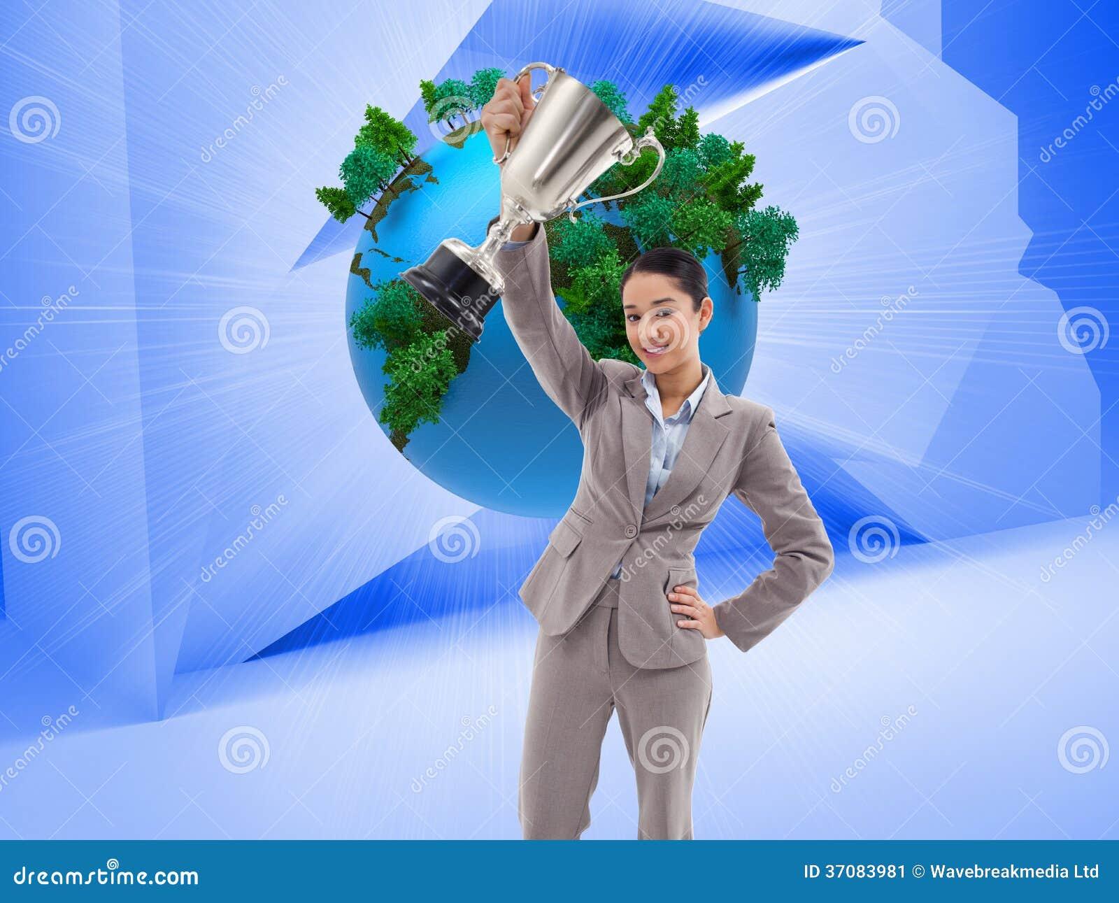 Download Bizneswoman Pokazuje Filiżankę Obraz Stock - Obraz złożonej z strumień, ziemia: 37083981