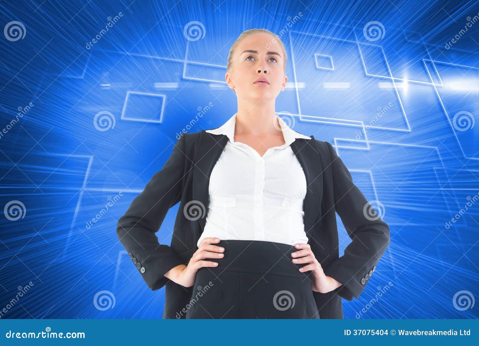 Download Bizneswoman Pozycja Z Rękami Na Biodrach Zdjęcie Stock - Obraz złożonej z futurystyczny, światło: 37075404