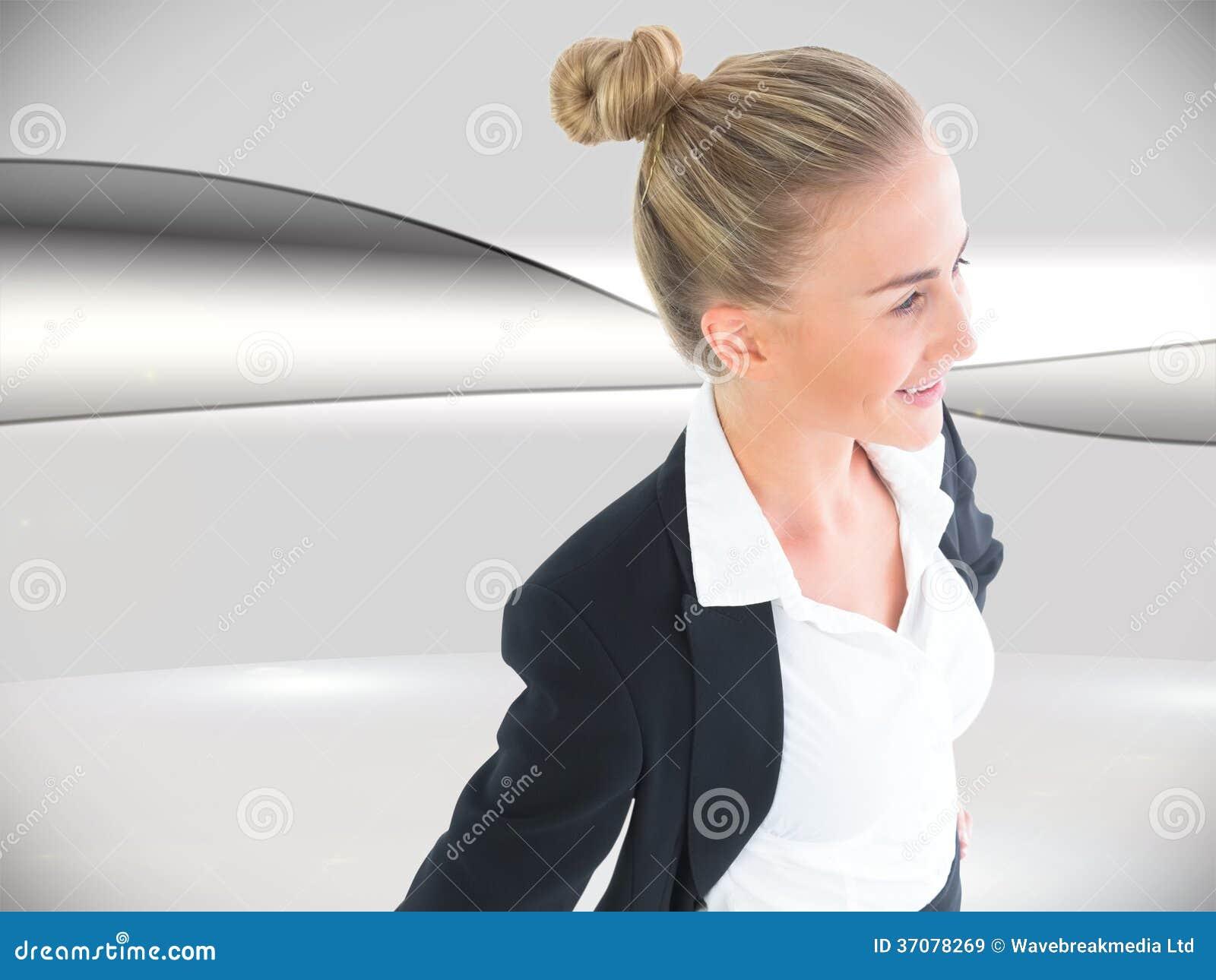 Download Bizneswoman Pozycja Z Rękami Na Biodrach Obraz Stock - Obraz złożonej z komputer, linie: 37078269
