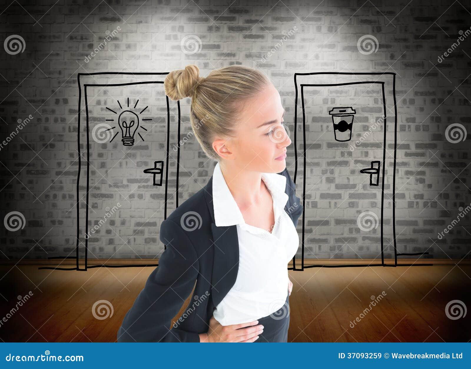 Download Bizneswoman Pozycja Z Rękami Na Biodrach Obraz Stock - Obraz złożonej z rozporządzalny, composite: 37093259